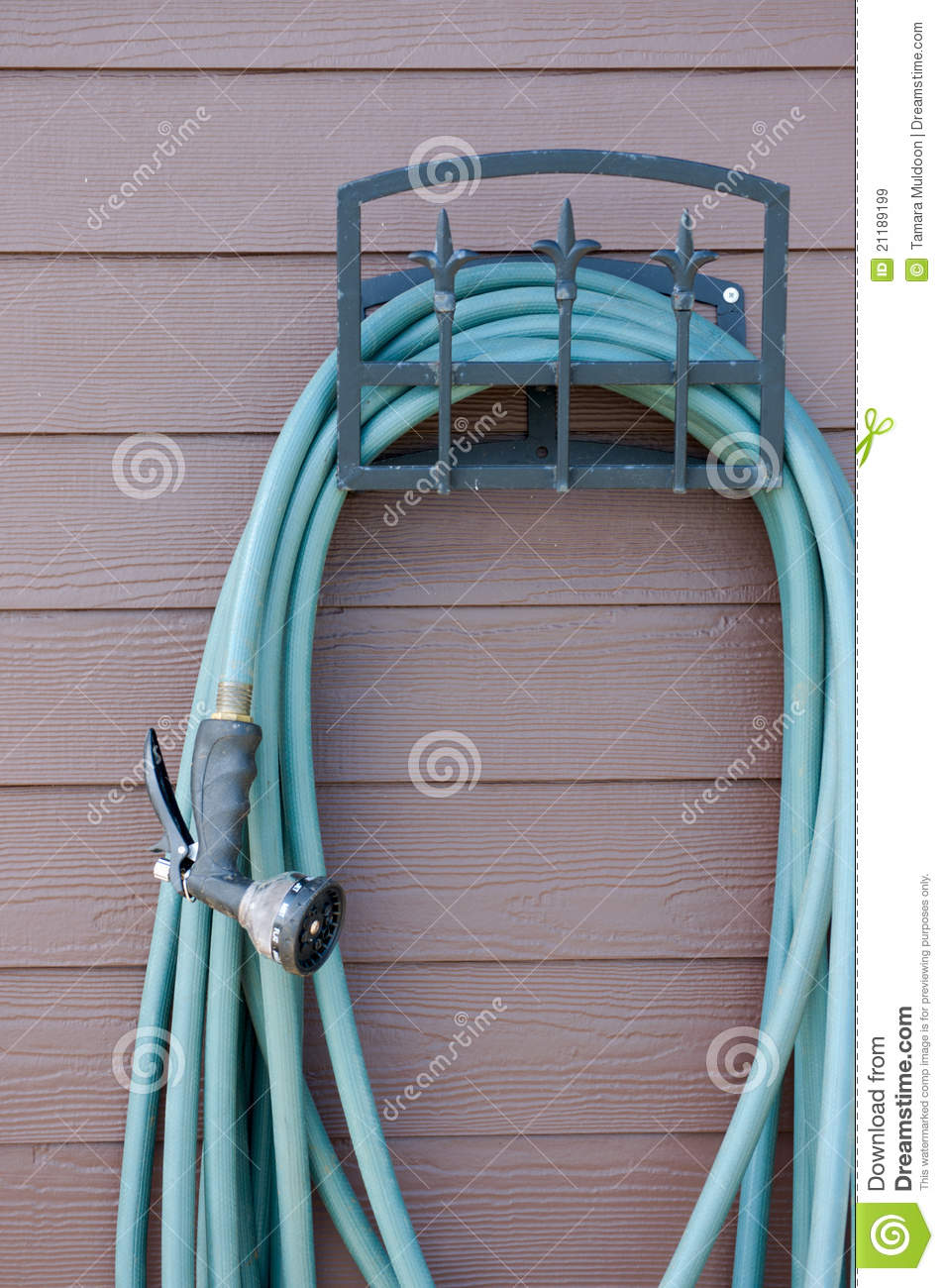 Garden hose with sprayer