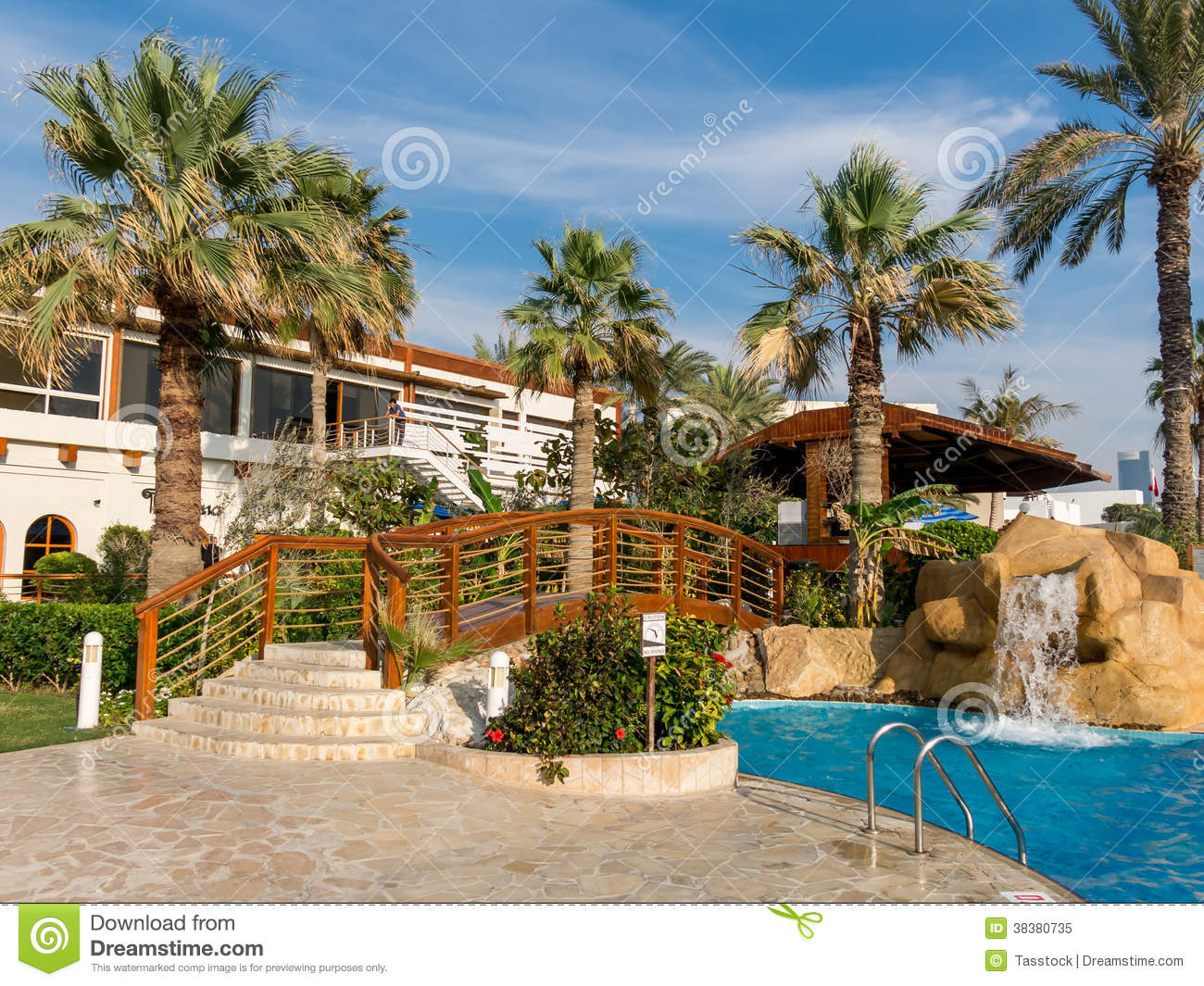 Garden of hotel resort in dubai editorial image image for Garden pool dubai