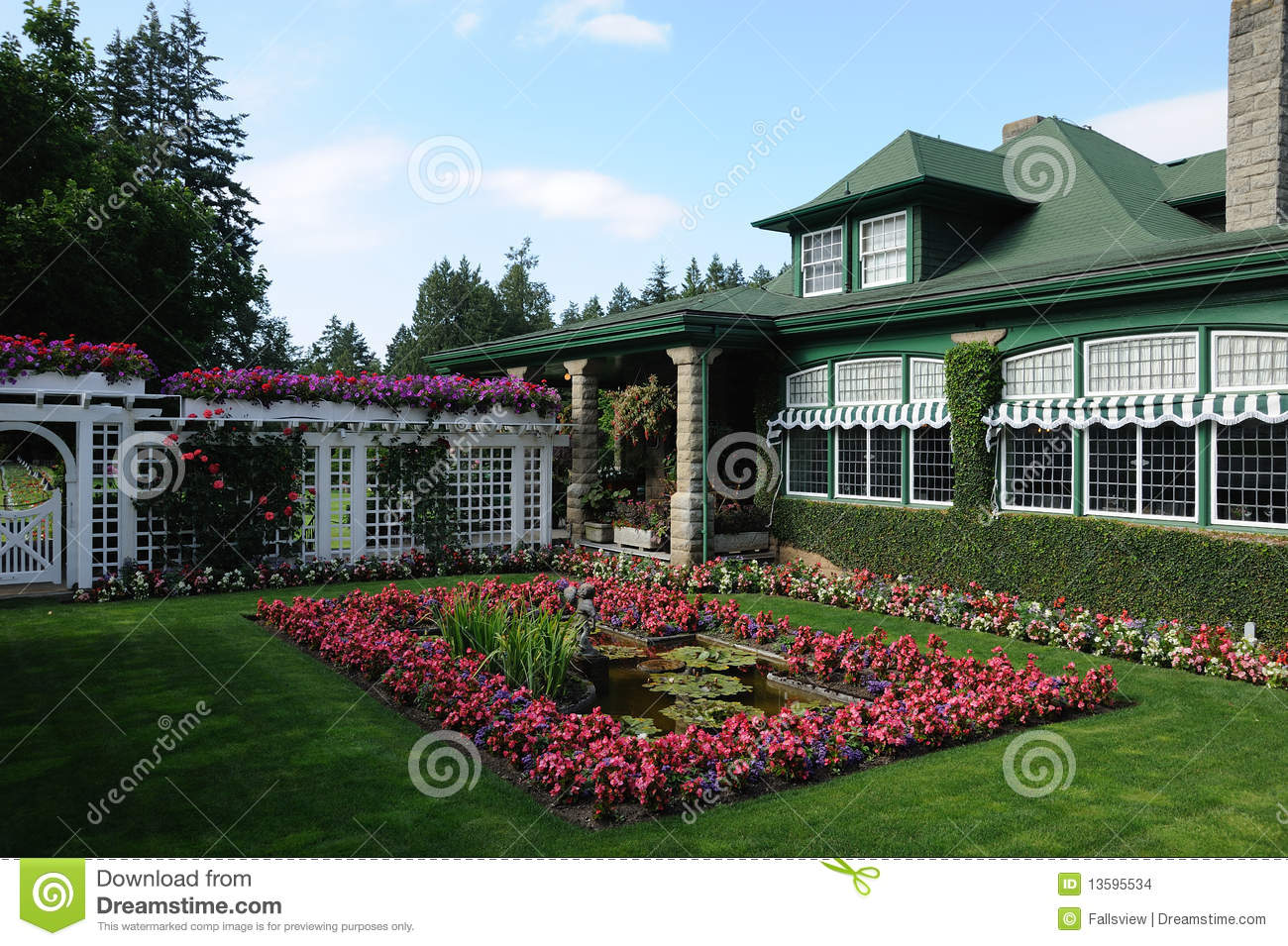Garden house stock images image 13595534 for Garden shed victoria bc