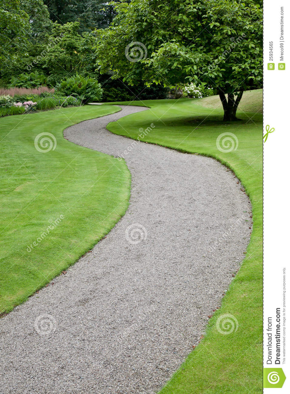 Garden Path Leading Into The Distance Royalty Free Stock