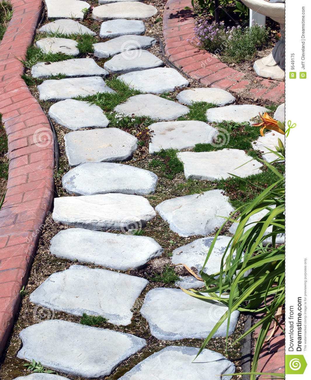 Garden path of stepping stones royalty free stock photo for Stone stepping stones for garden paths