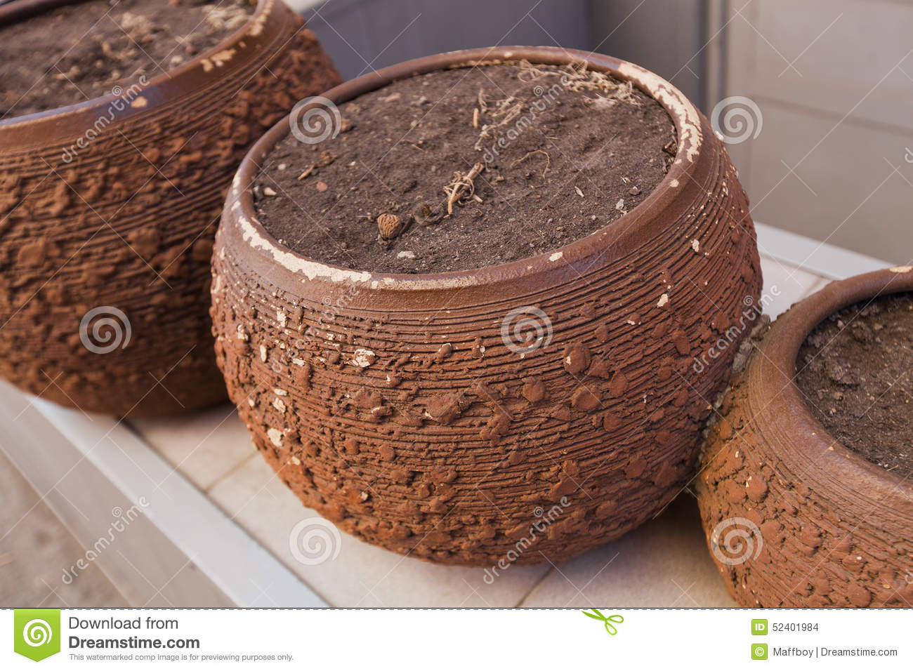 Garden pots stock photo image 52401984 for Clay potting soil