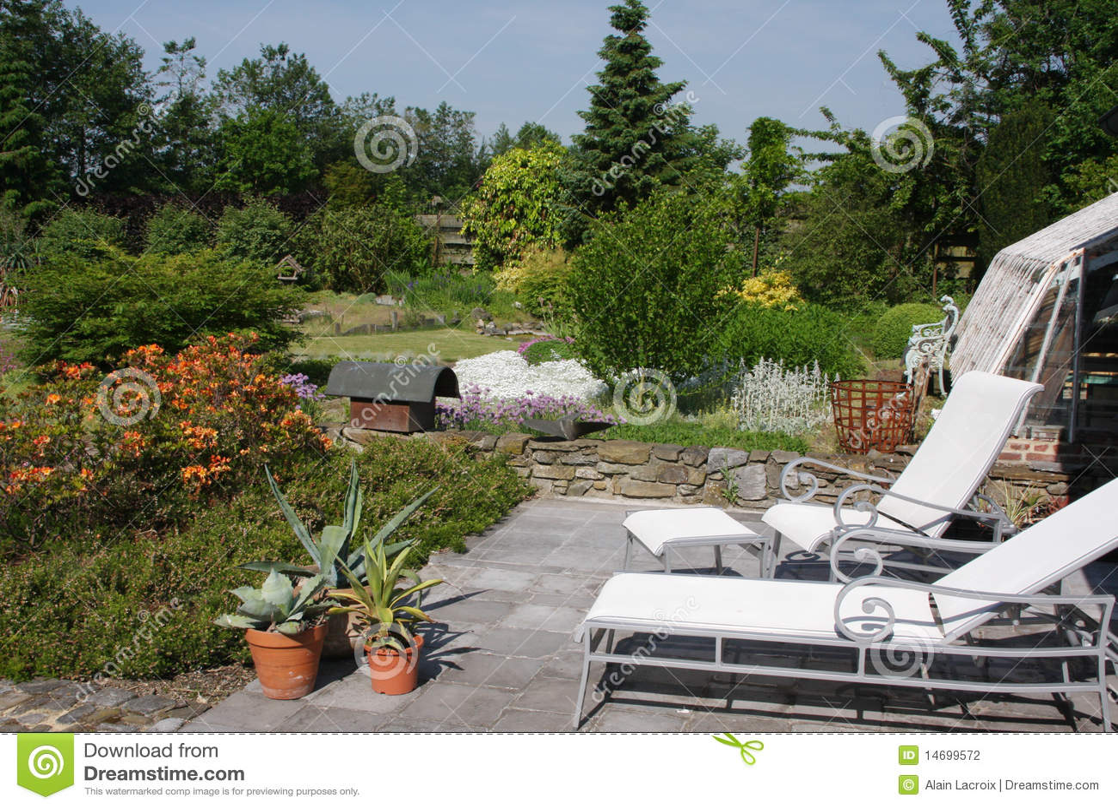 Garden relaxation