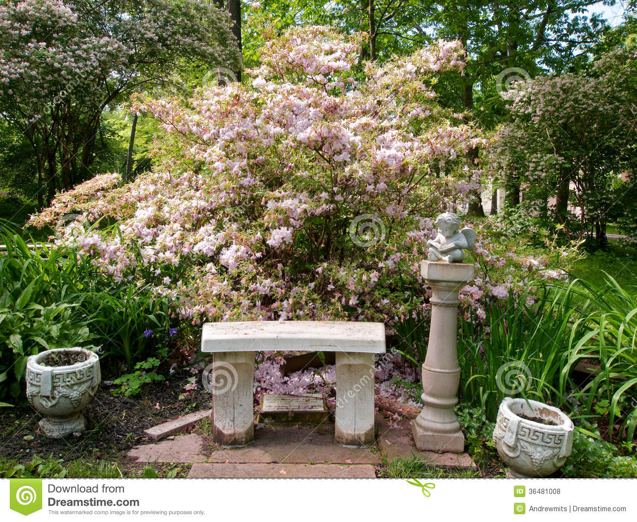 Garden Sitting Area Stock Photo Image Of Landscaping