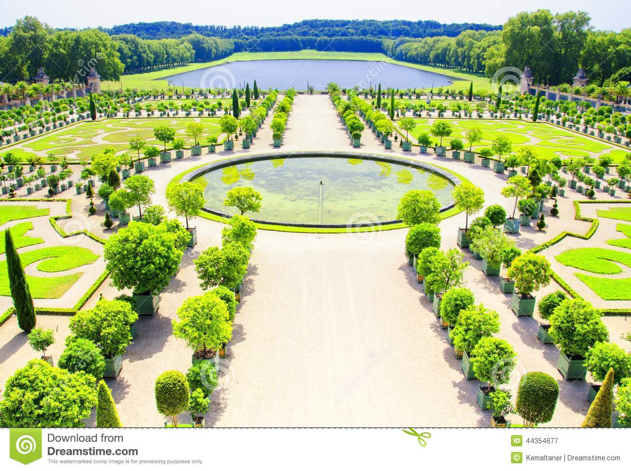 Garden of versailles palace paris france stock photo for Garden design versailles