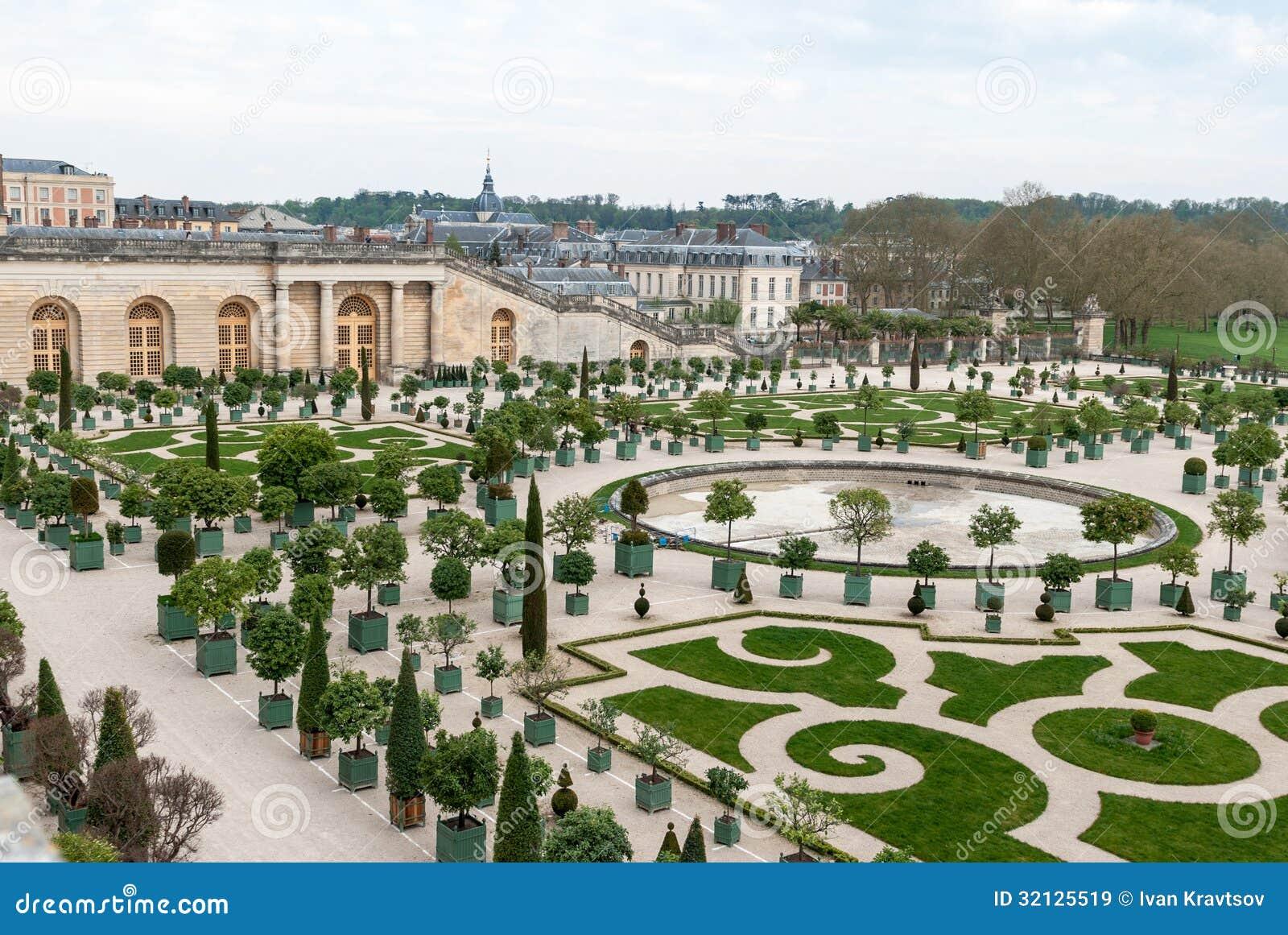 Garden of versailles stock image image of power region for Architecte des batiments de france versailles