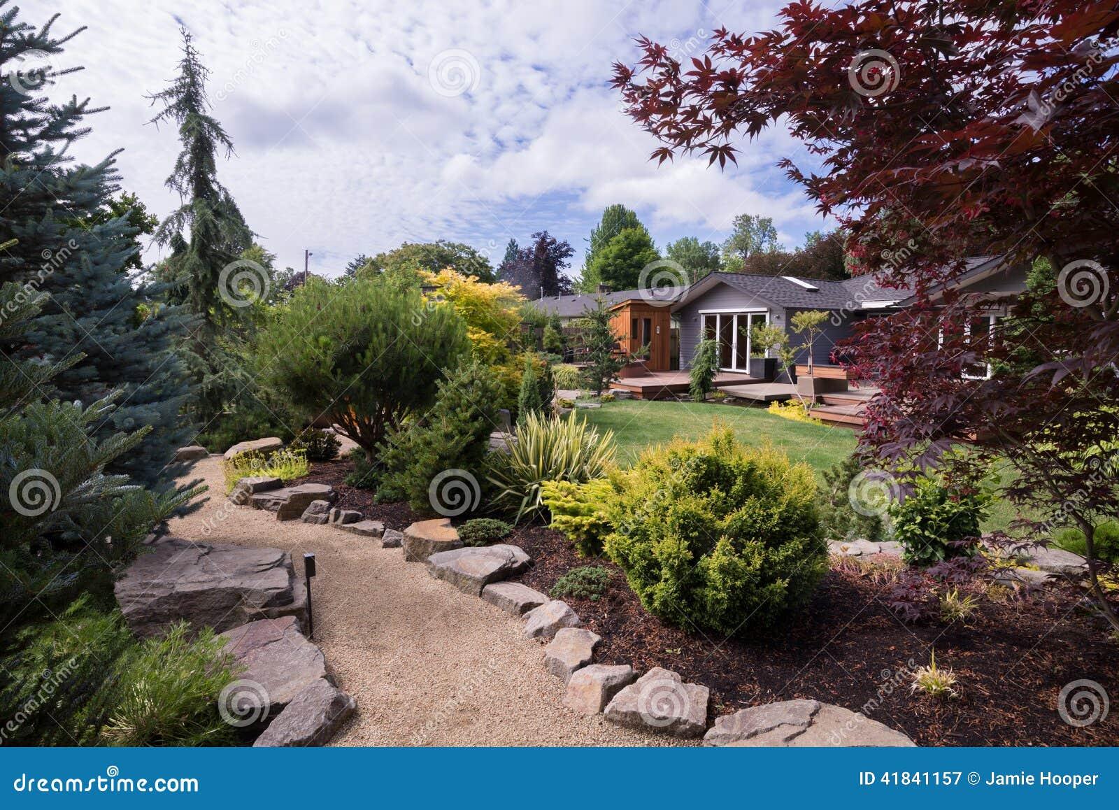 Garden Walkway Home Stock Photo - Image: 41841157