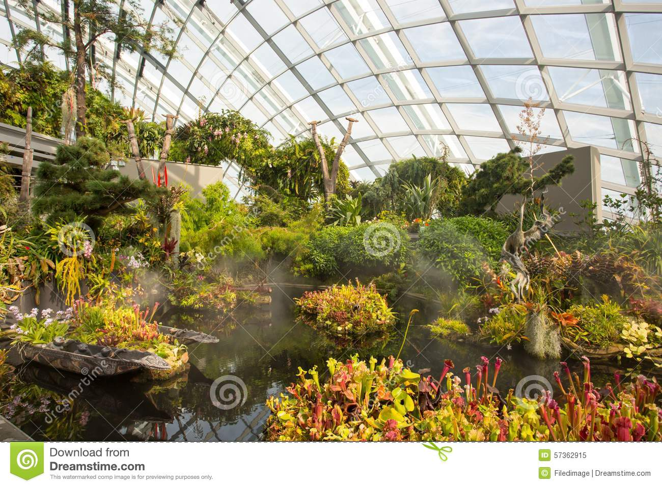 Gardens By The Bay Cloud Forest Dome In Singapore Stock Image ...