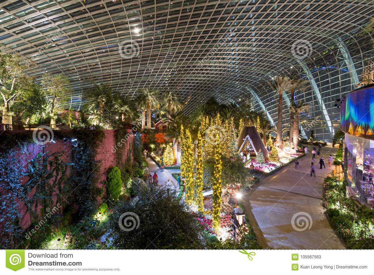Gardens By The Bay Flower Dome, Singapore Editorial Stock Photo ...