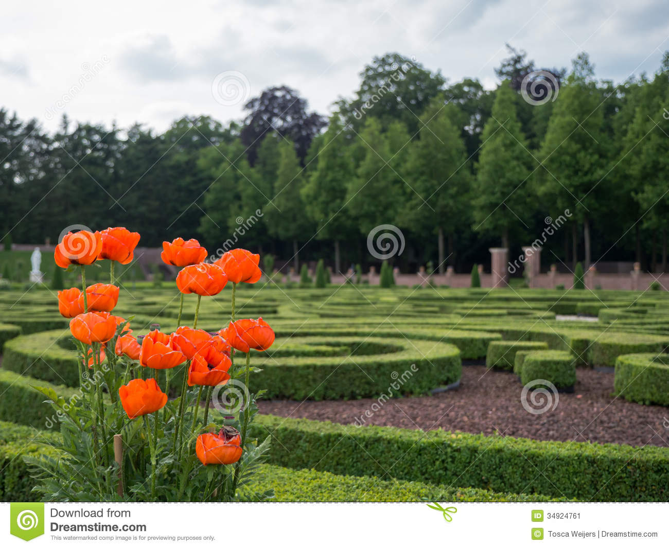 Gardens at het loo palace netherlands stock image image for Royal dutch gardens