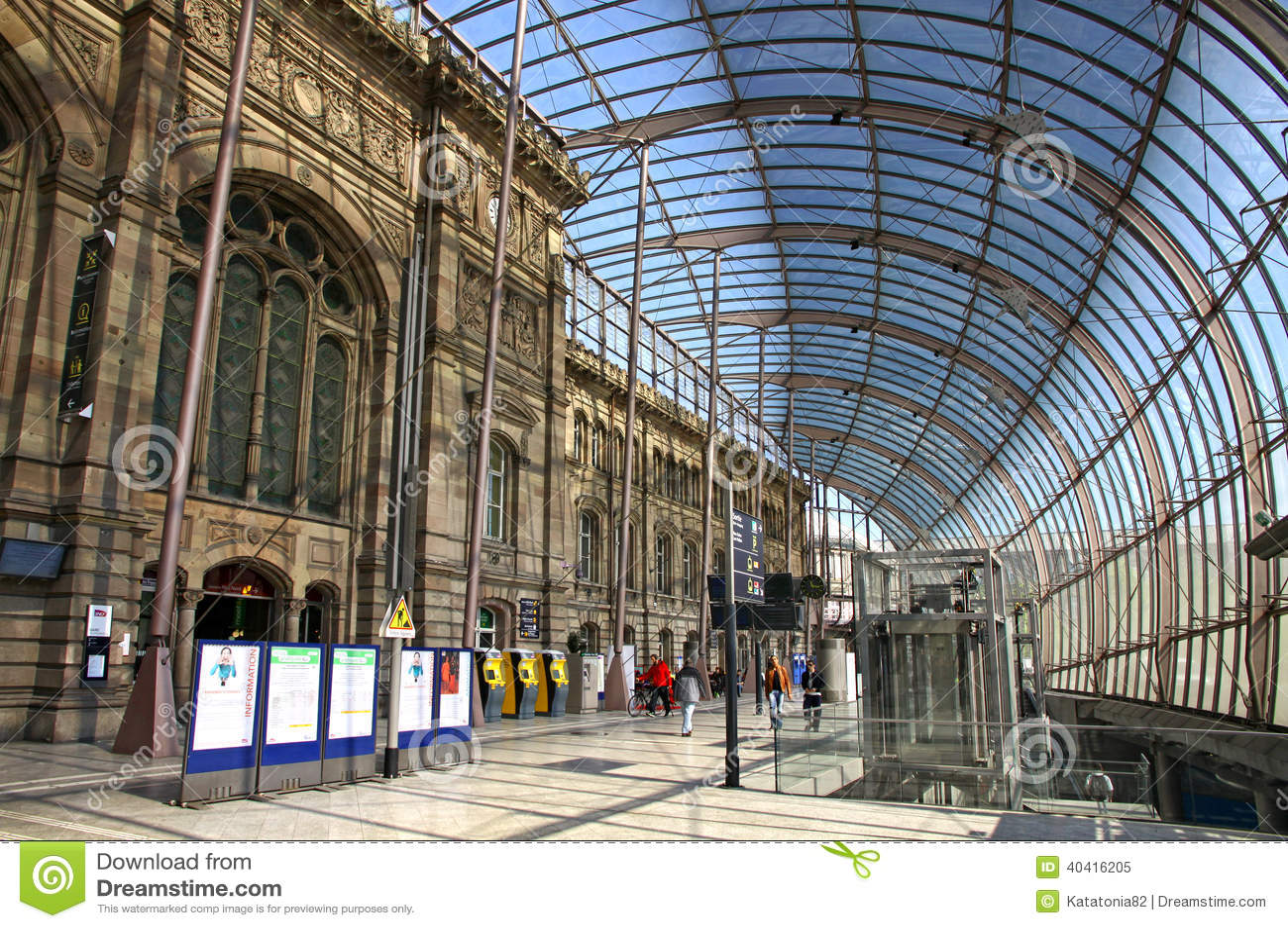 Gare de strasbourg la gare ferroviaire principale de la for K architecture strasbourg