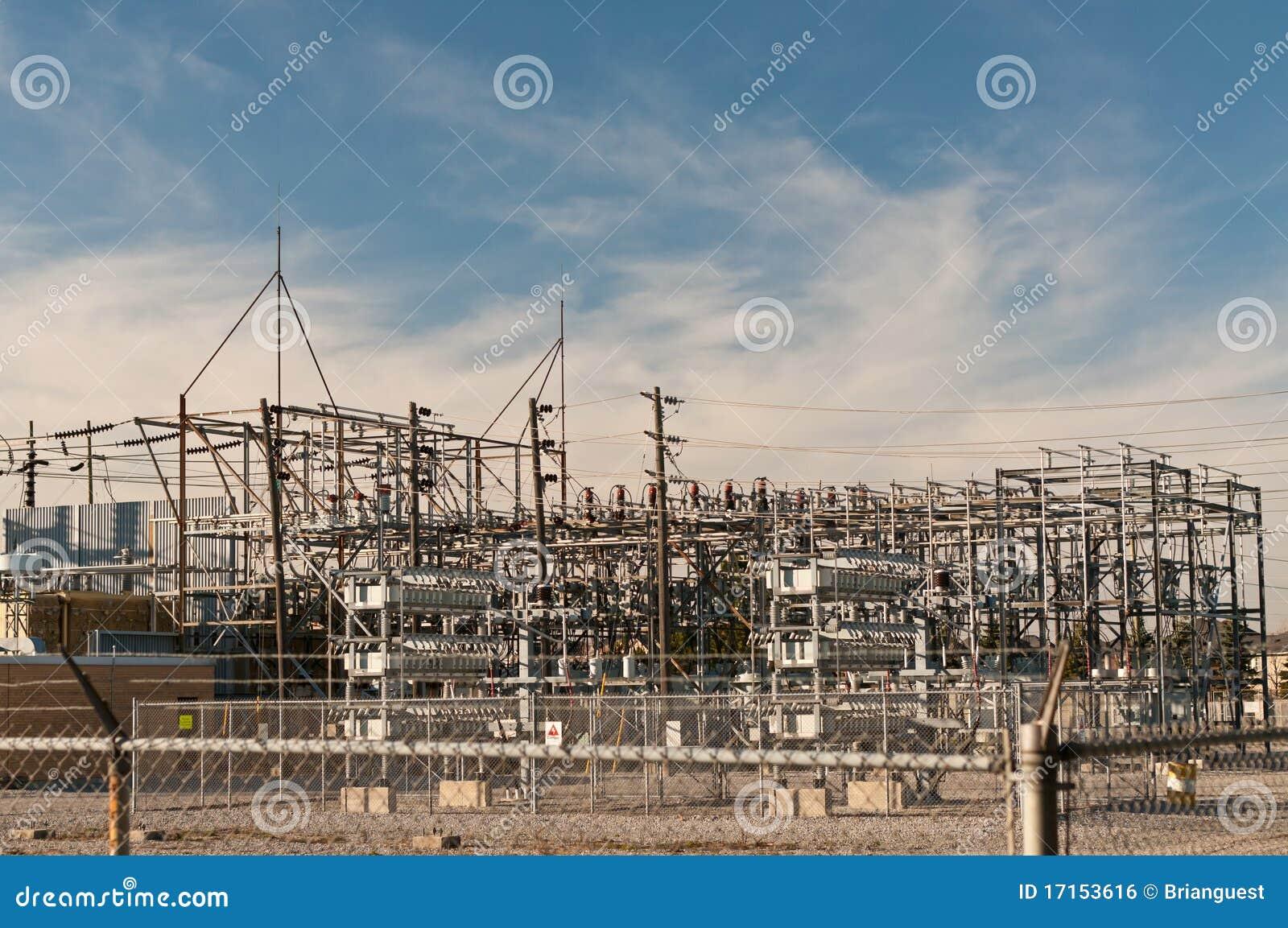 Gare de transformateur - sous-station électrique