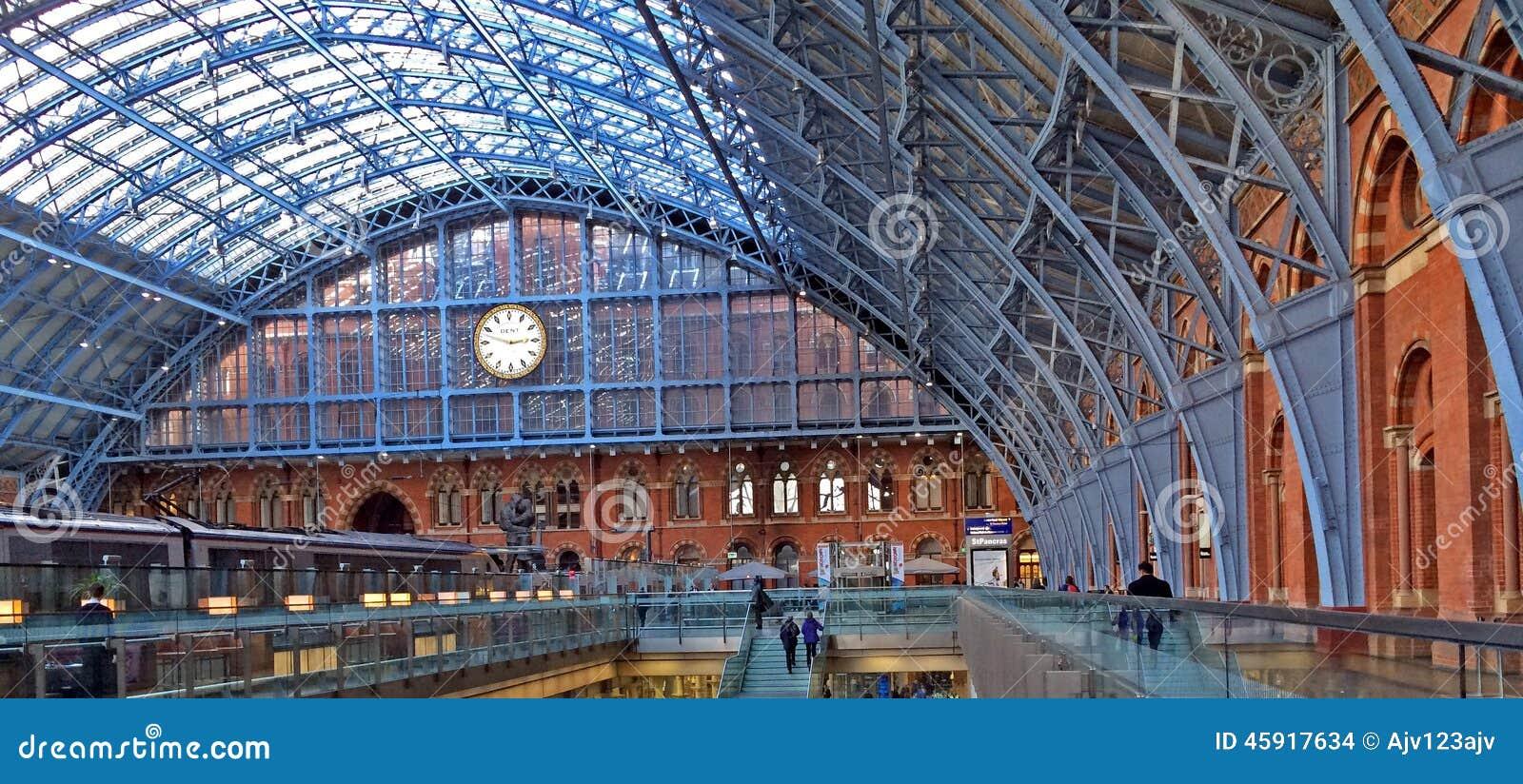 Gare ferroviaire d 39 international d 39 eurostar saint pancras image stock - Consigne saint pancras londres ...