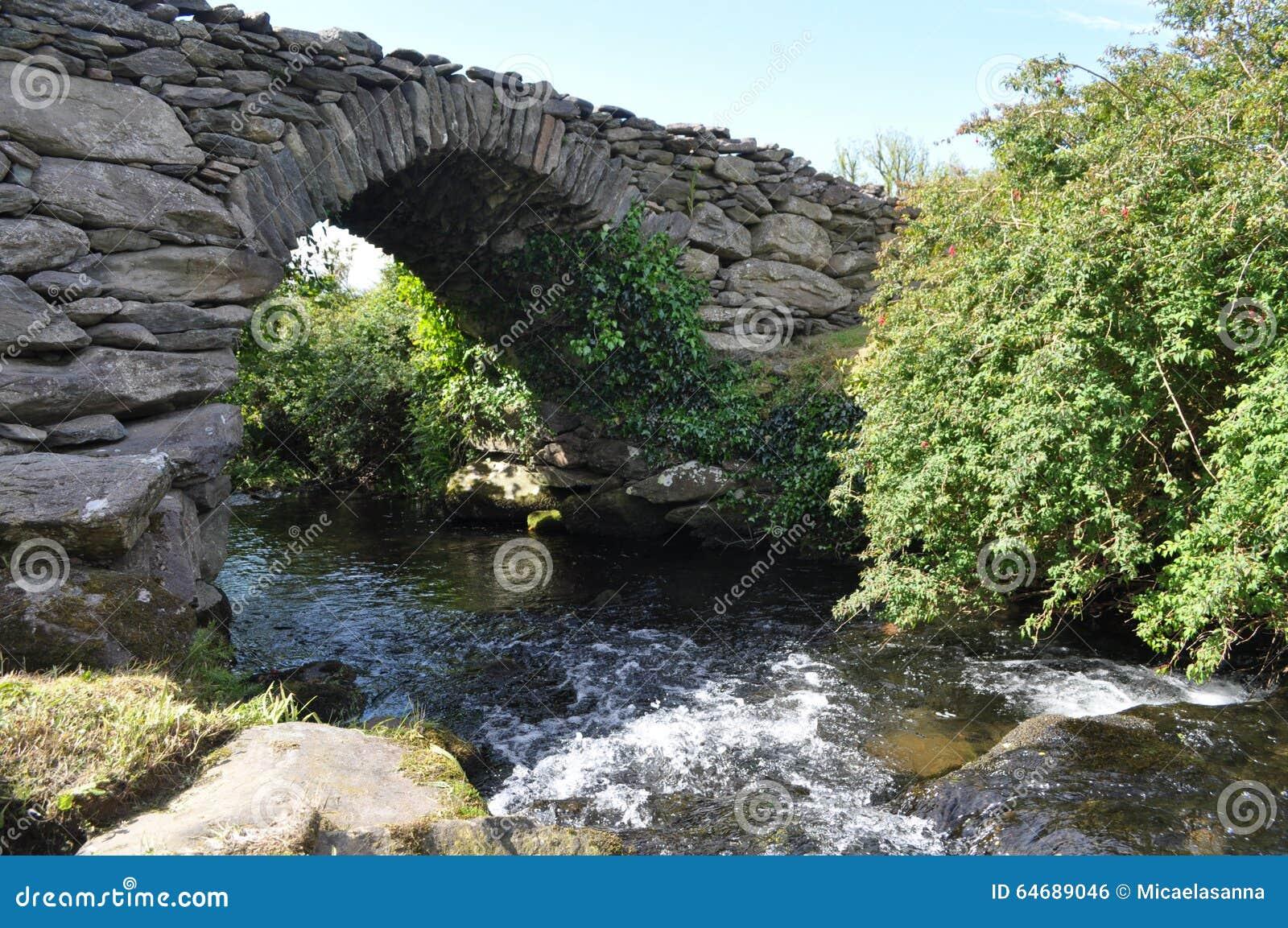Garfinny most w Dingle, okręg administracyjny Kerry, Irlandia