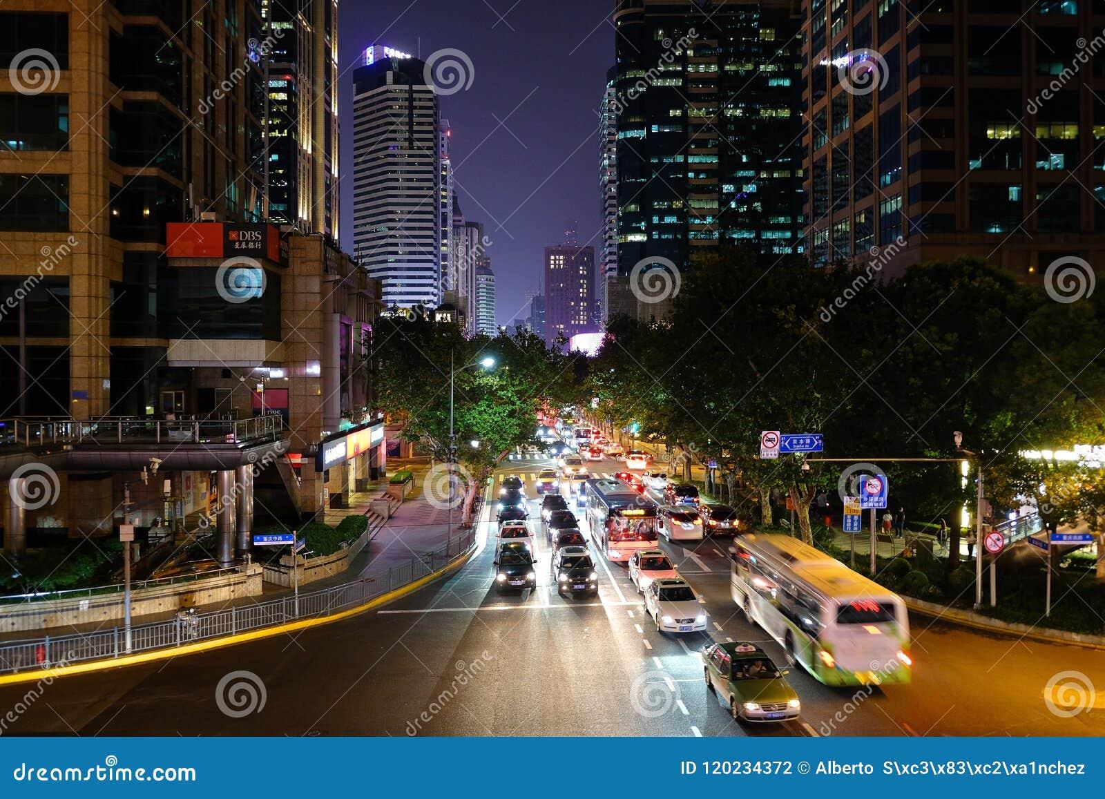 Garganta da rua em Shanghai, China