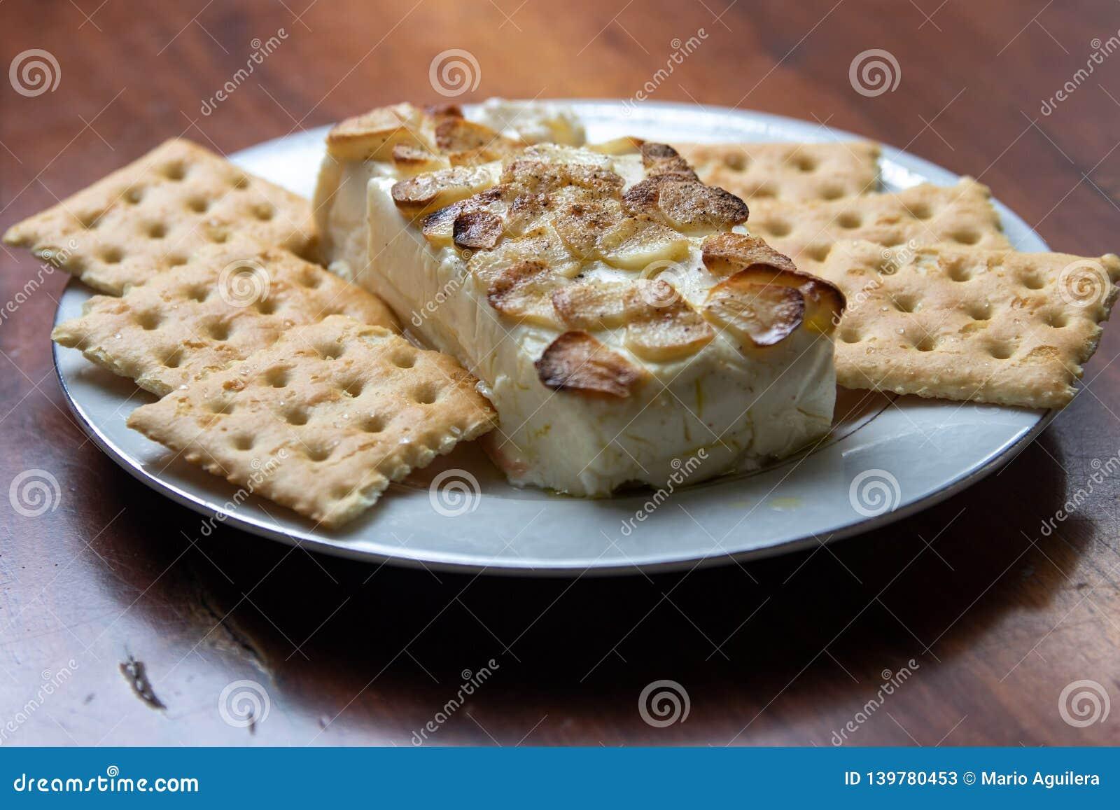 Garlic and cheese dip