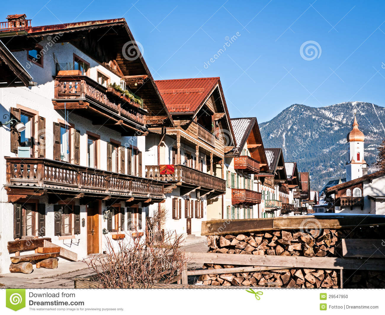 Garmisch partenkirchen photo stock image du d suet - Garmisch partenkirchen office du tourisme ...