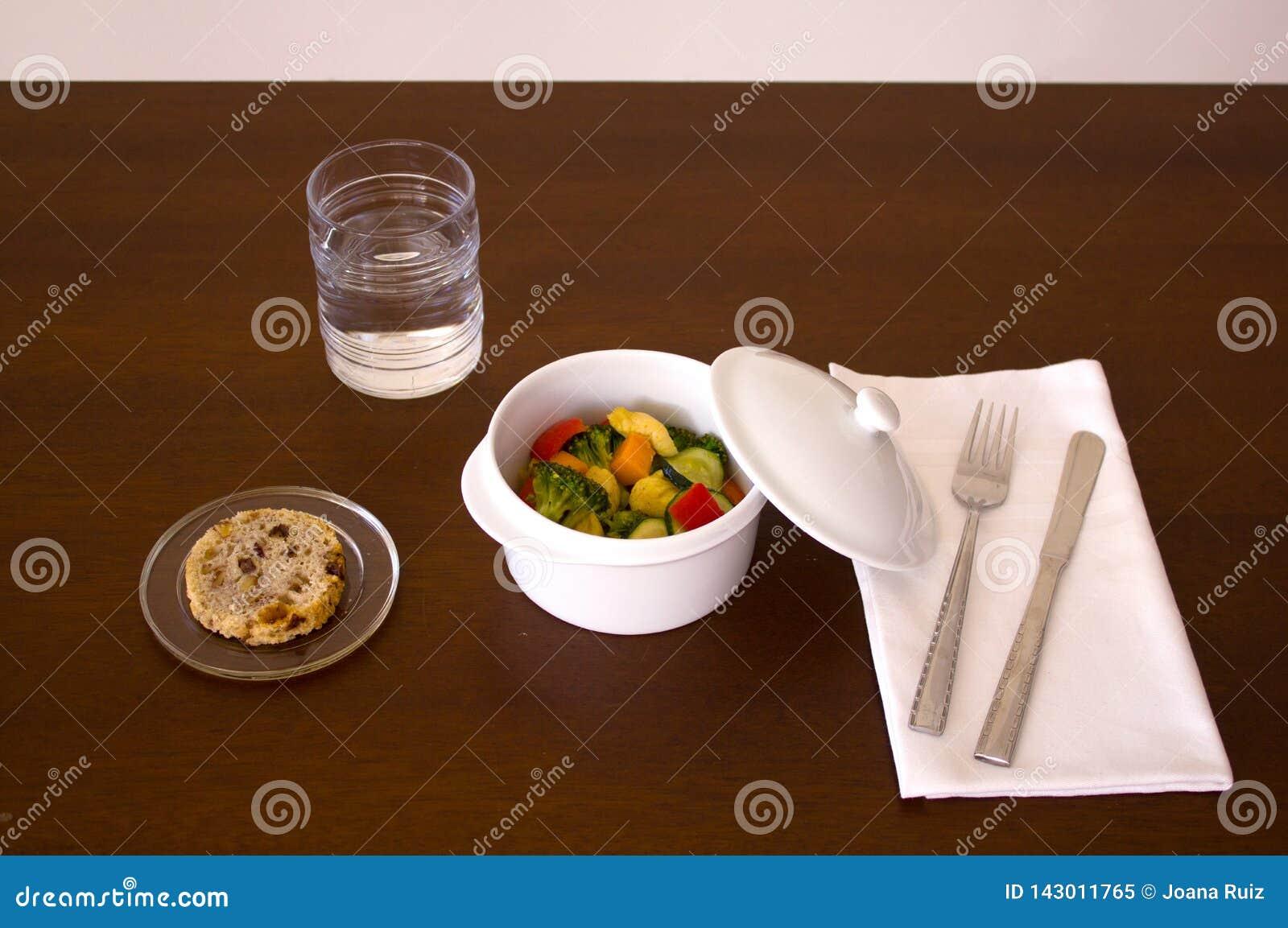 Garnek z chickien i warzywa
