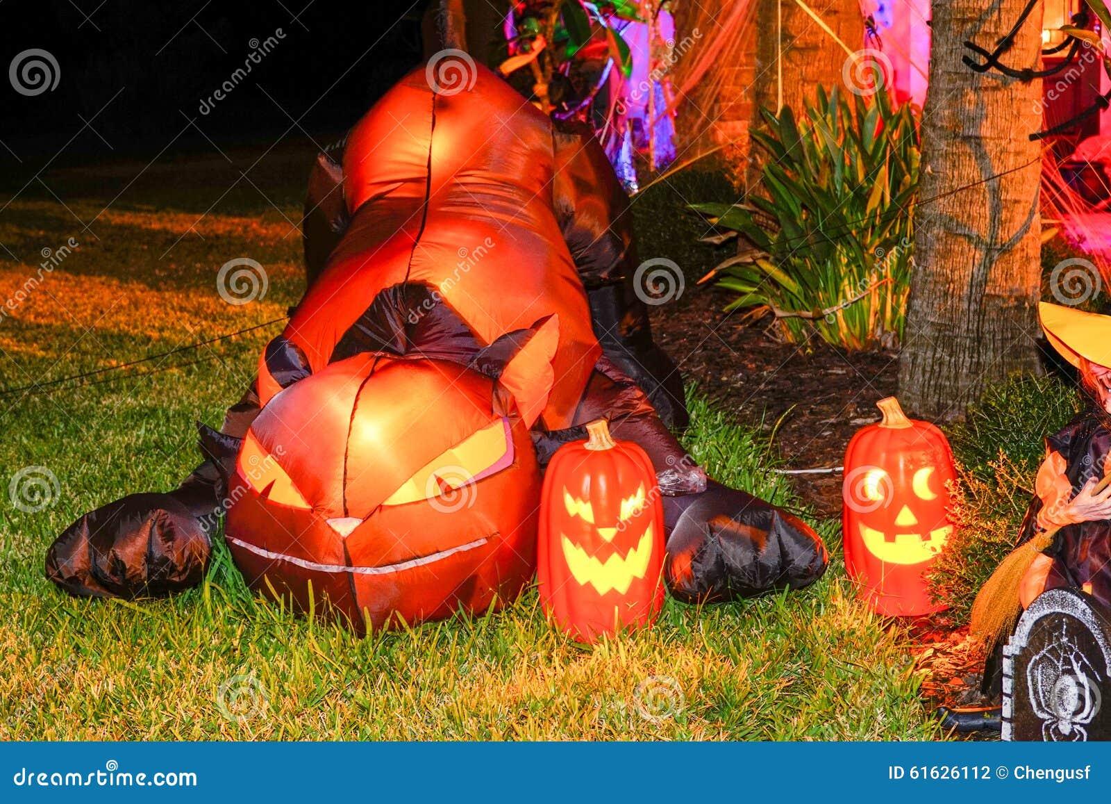 Garnering halloween