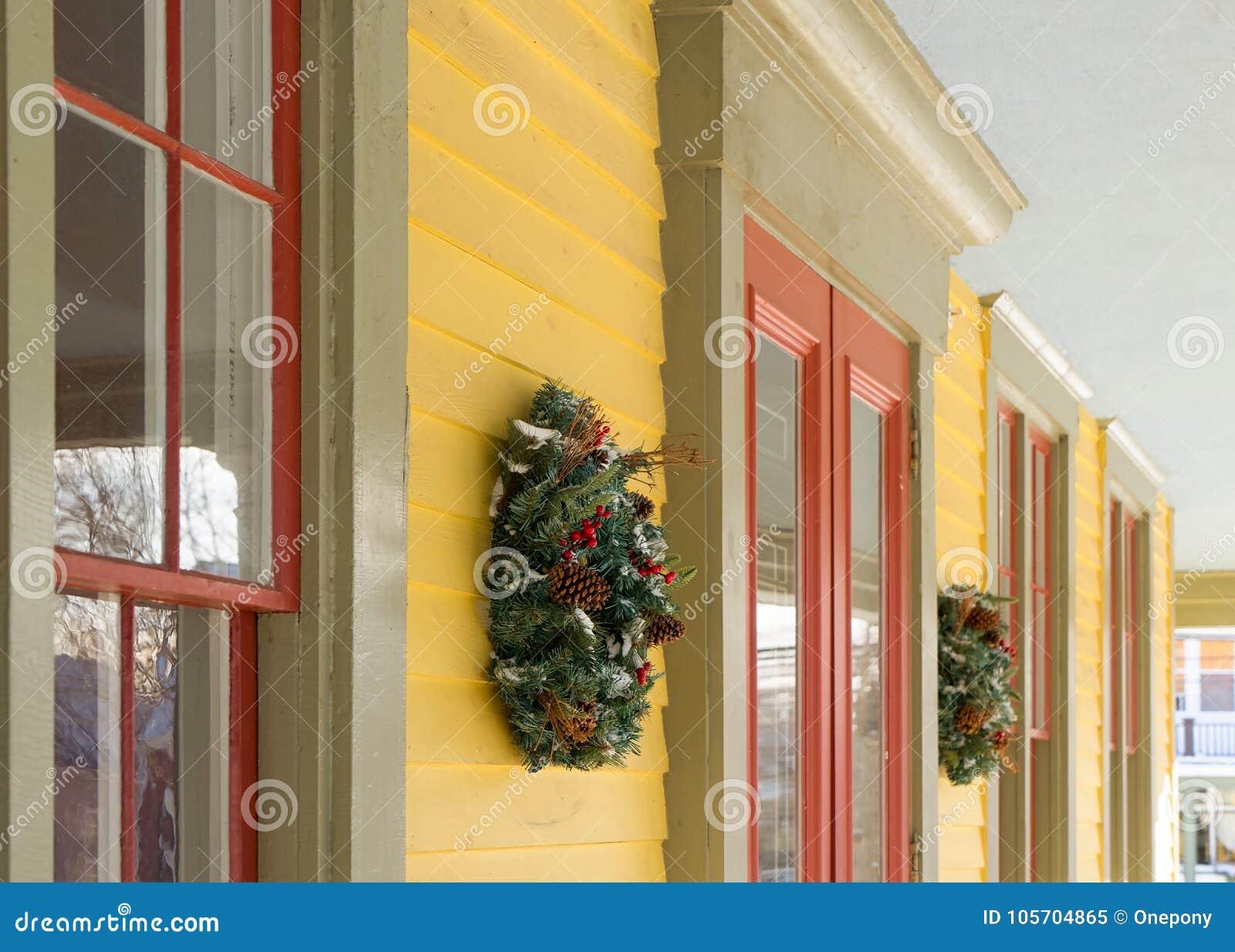 Garneringar för julkranshus