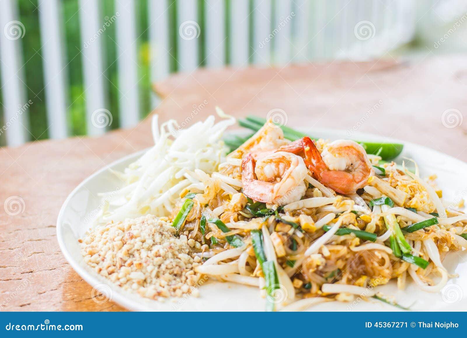 Garniture thaïlandaise de nourriture thaïlandaise, nouilles de friture de Stir avec la crevette