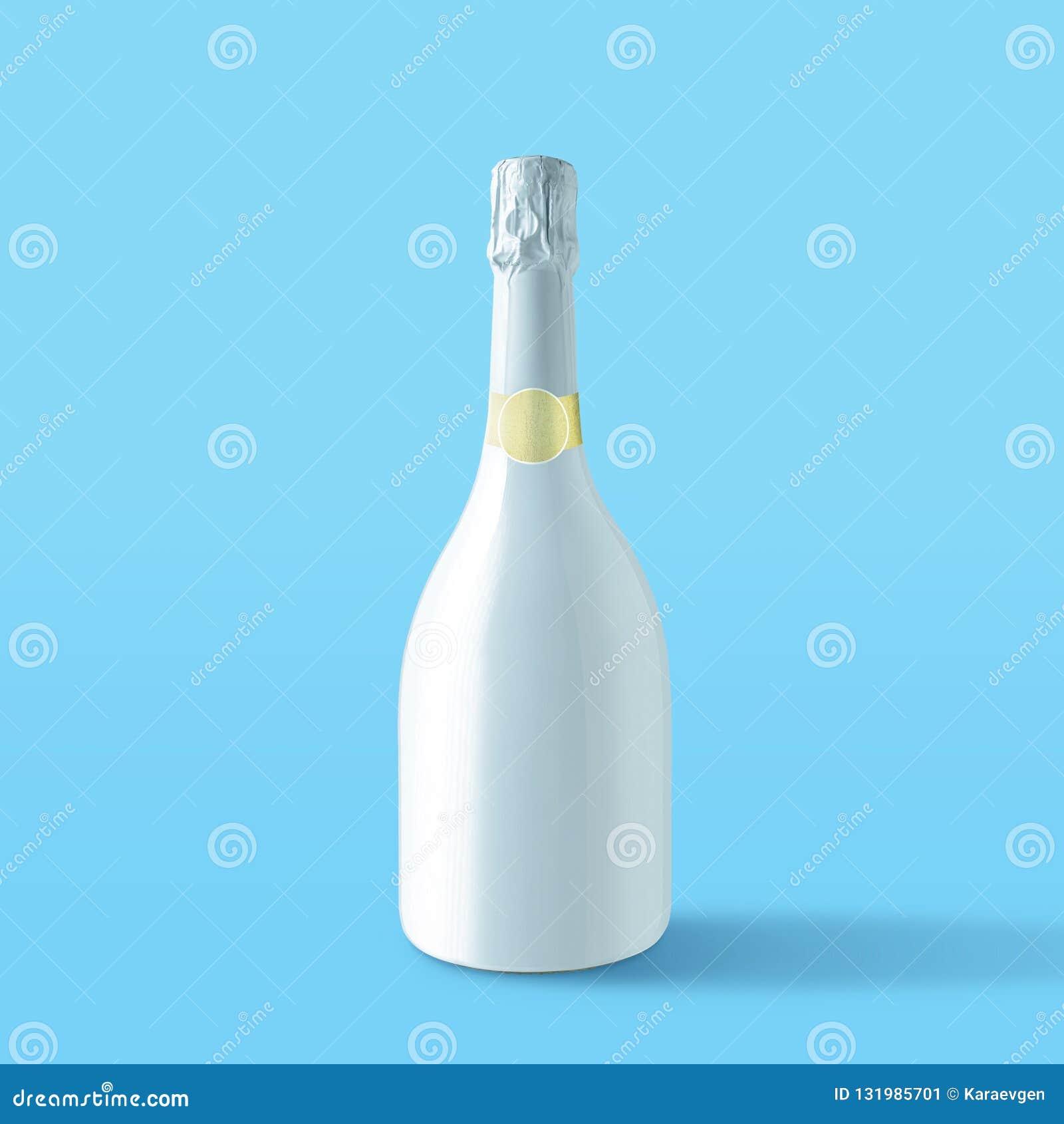 Garrafa branca do champanhe no fundo azul Conceito mínimo do partido