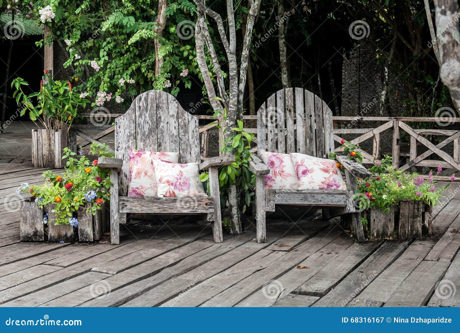 Garten benchs