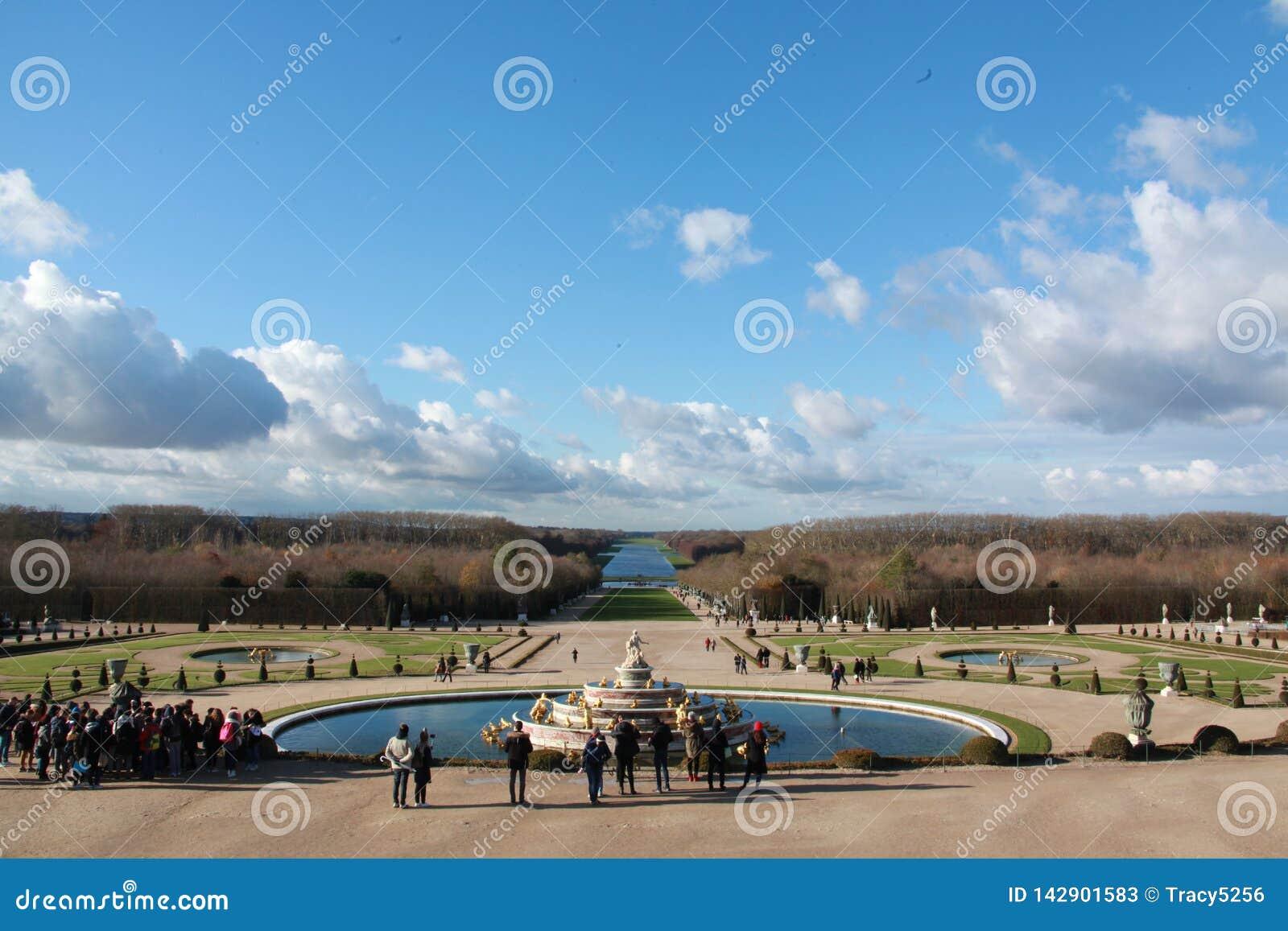 Garten des Palastes von Versailles, im Winter
