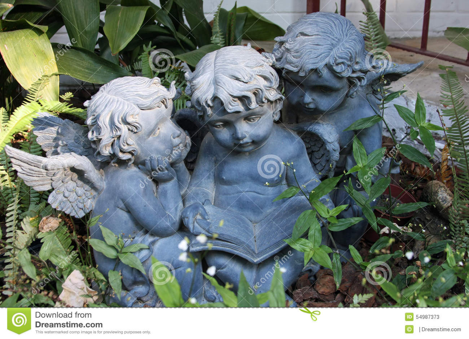 Garten Engel Stockbild Bild Von Laub Nachmittag Groß 54987373
