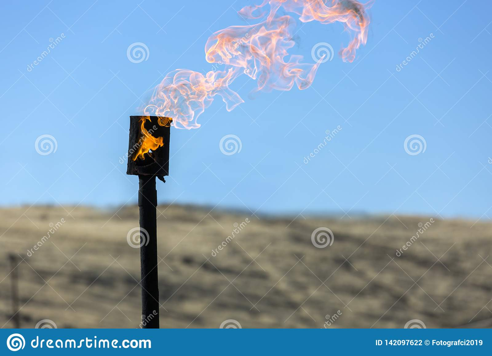 Gas-brennender Kamin