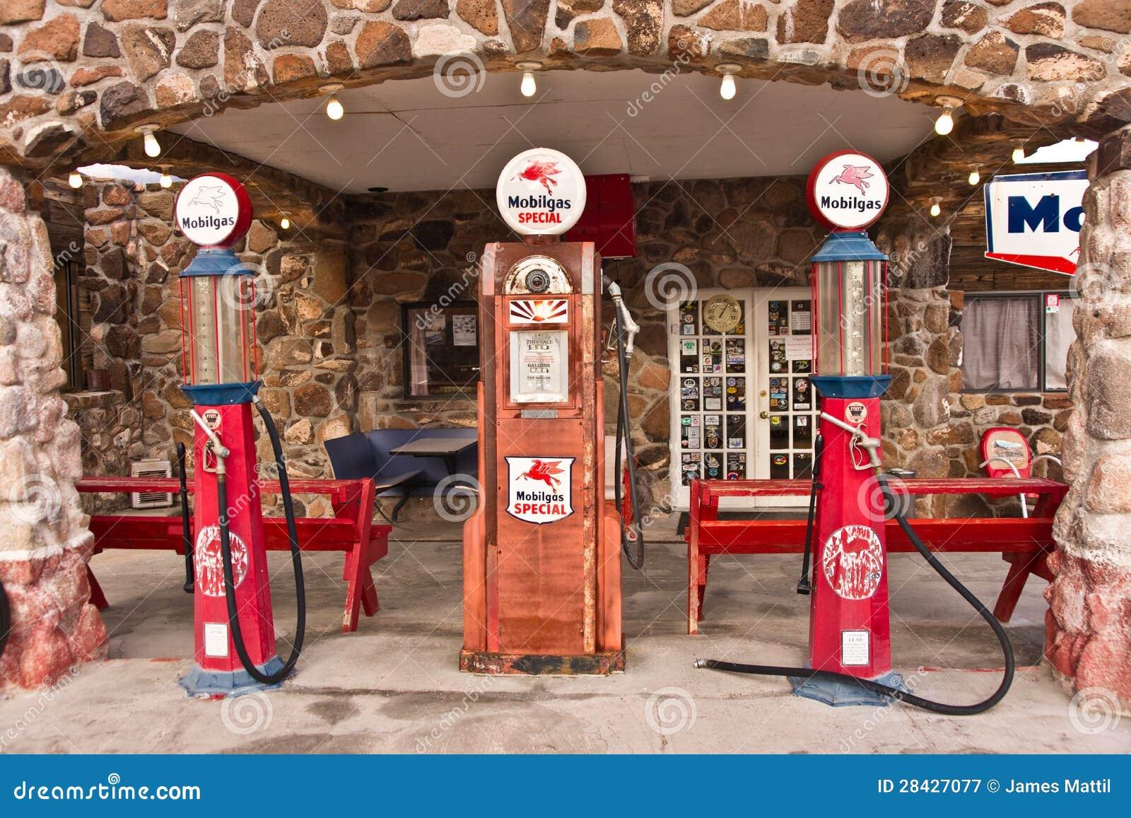 gasolinera de la ruta 66 del vintage fotograf237a editorial