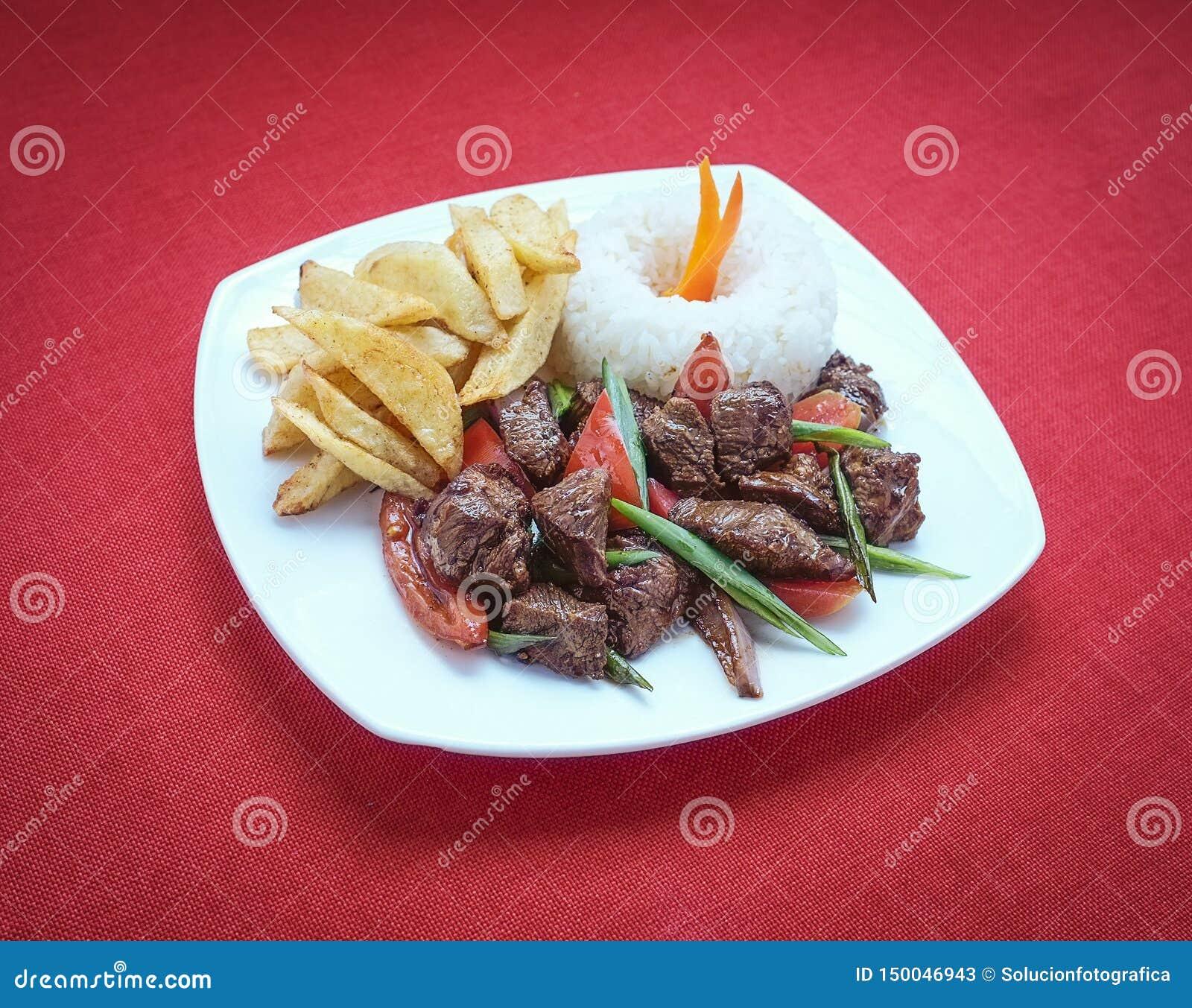 Gastronomiaperuana van Lomosaltado