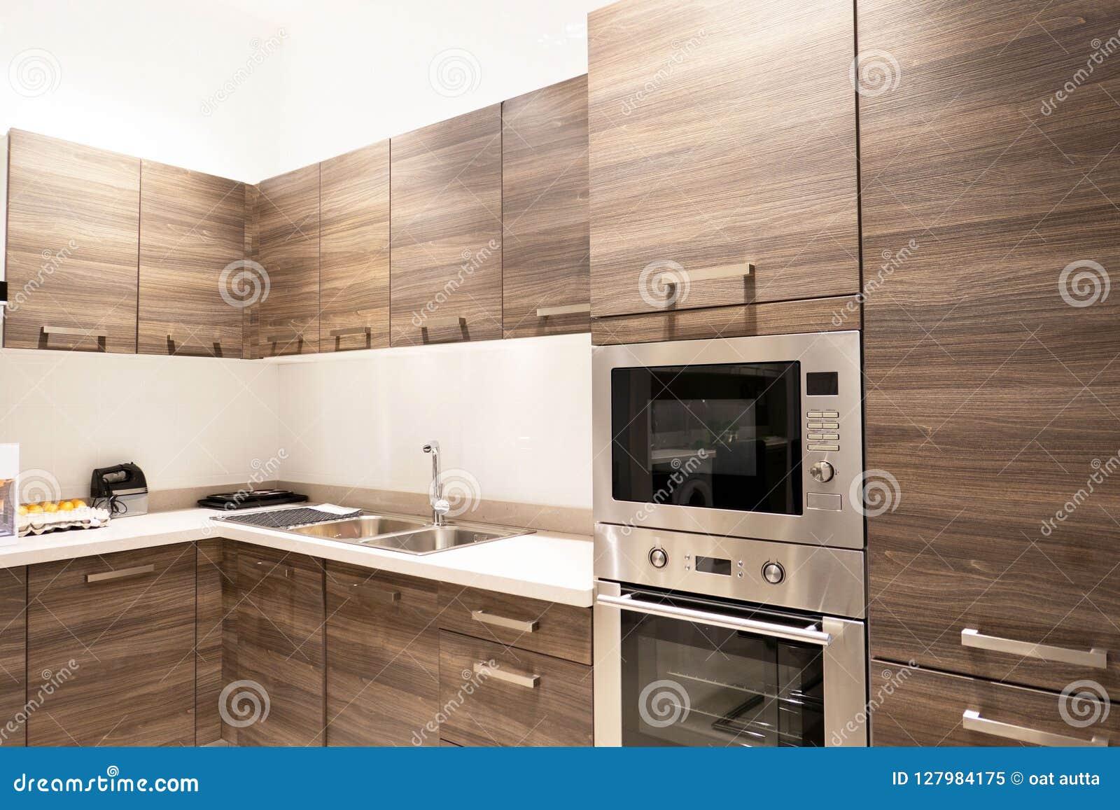 Gastronomische nieuwe keukeneigenschappen Modern keukenbinnenland