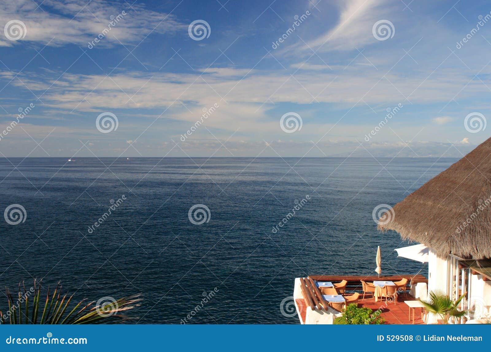 Gaststätte mit Ozeanansicht