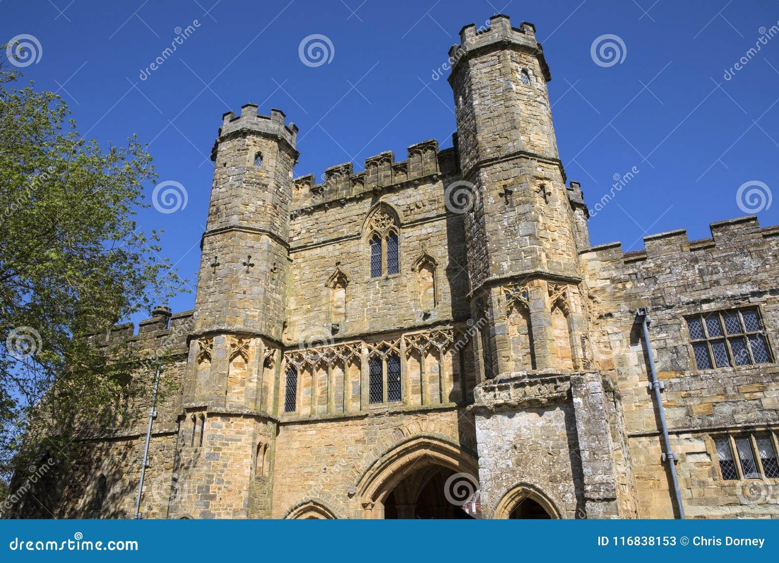 Gatehouse dell abbazia di battaglia in Sussex