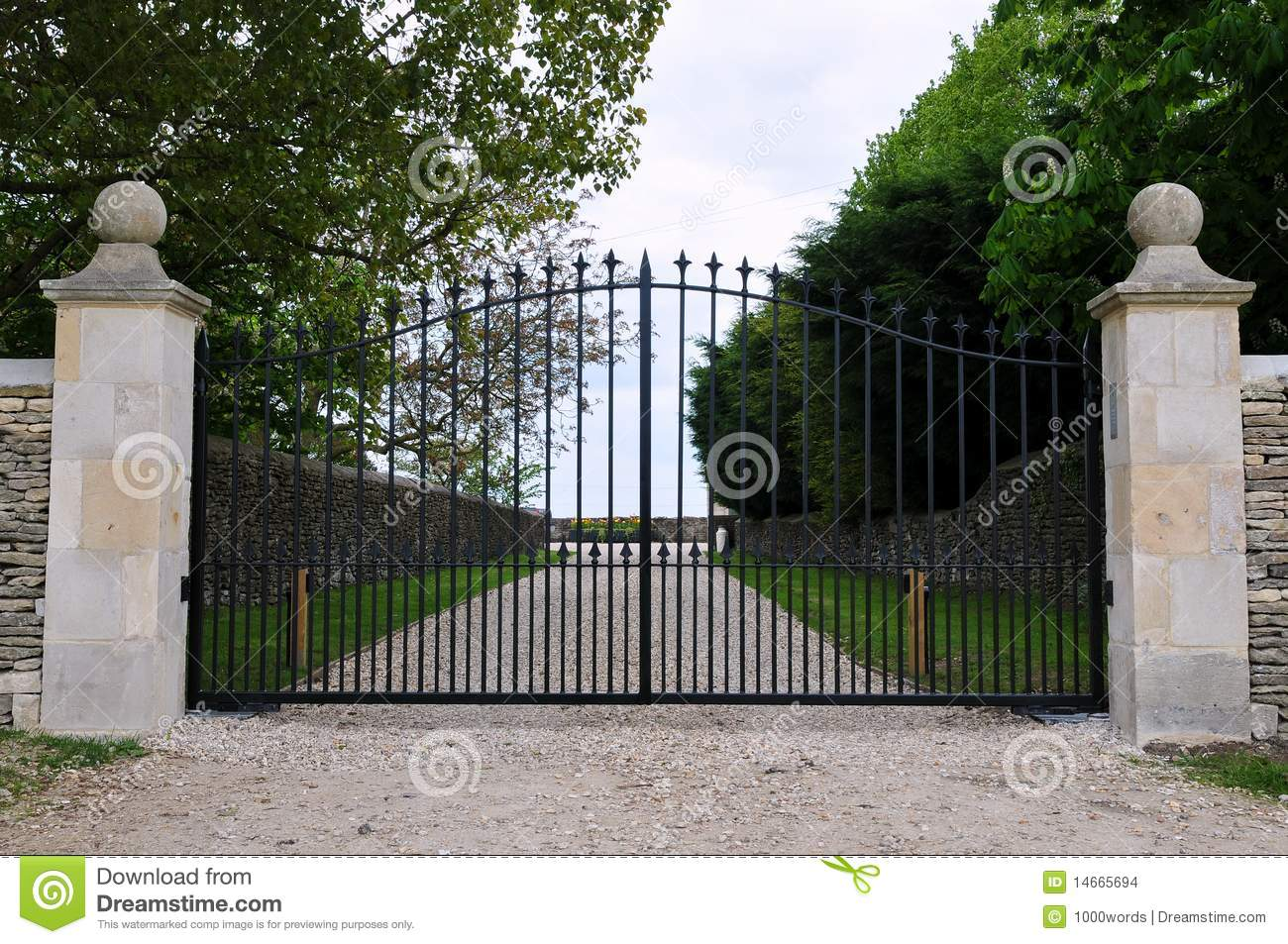 Gates Of A Country Estate Stock Images Image 14665694