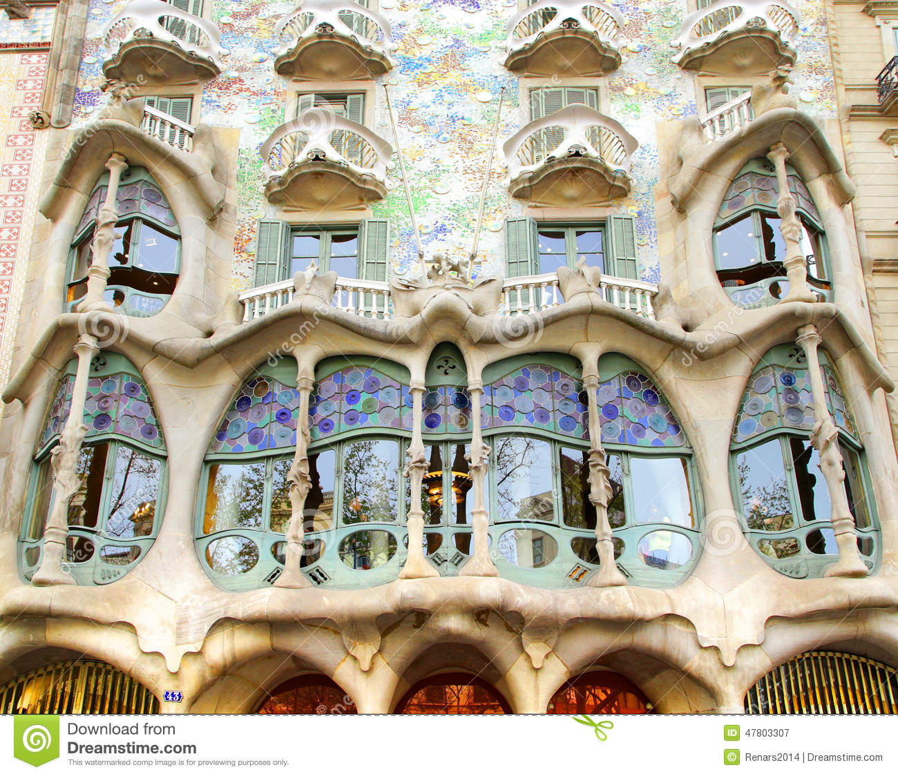 antoni gaudi essay Casa milà, one of barcelona's most famous modernistic building by antoni gaudí the house is on the unesco world heritage list, it is unique with its organic forms.