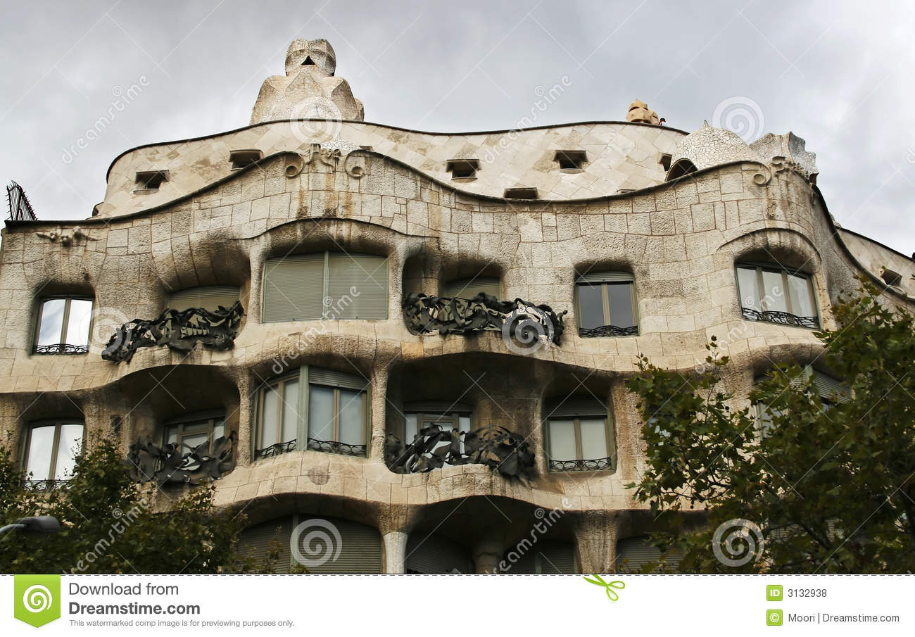 gaudi haus barcelona stockfoto bild von himmel katalonien 3132938. Black Bedroom Furniture Sets. Home Design Ideas