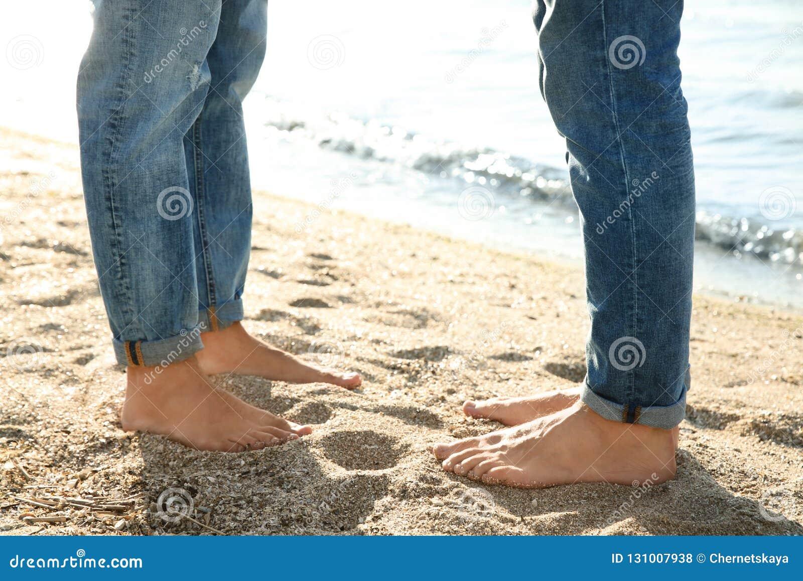 Barefoot gay