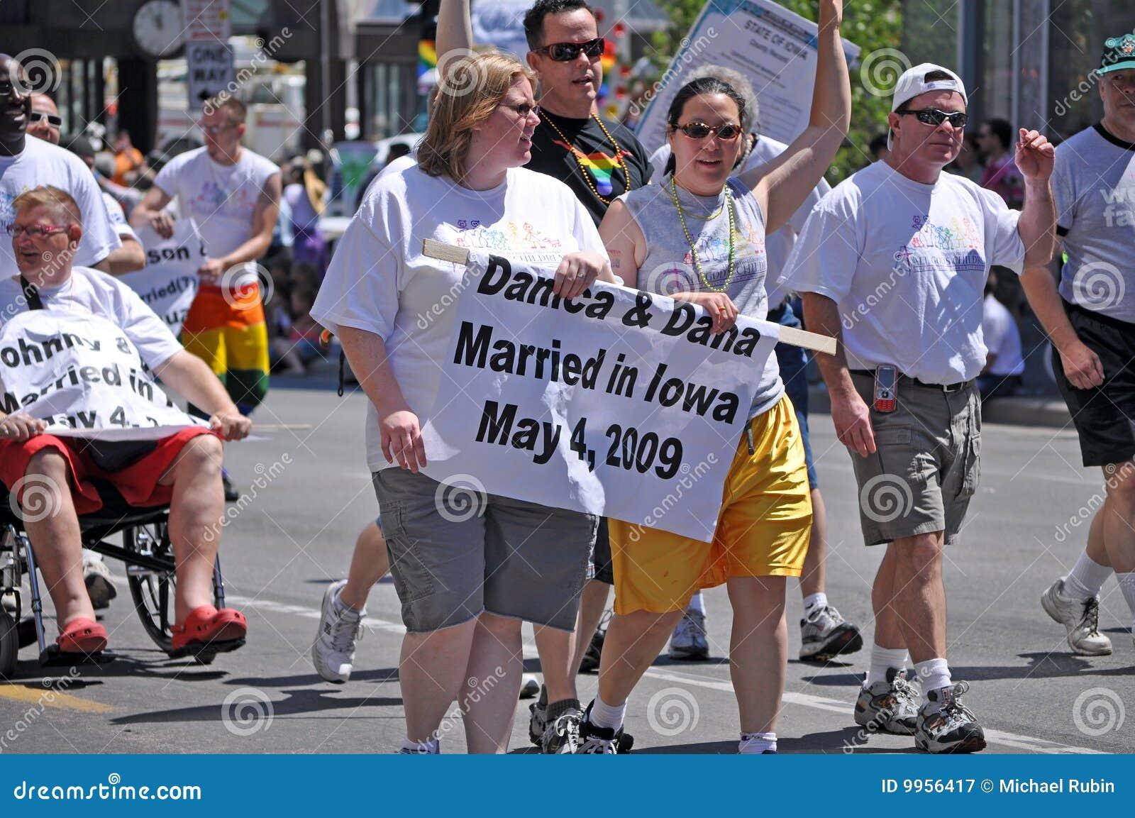 Iowa same sex marriage legal
