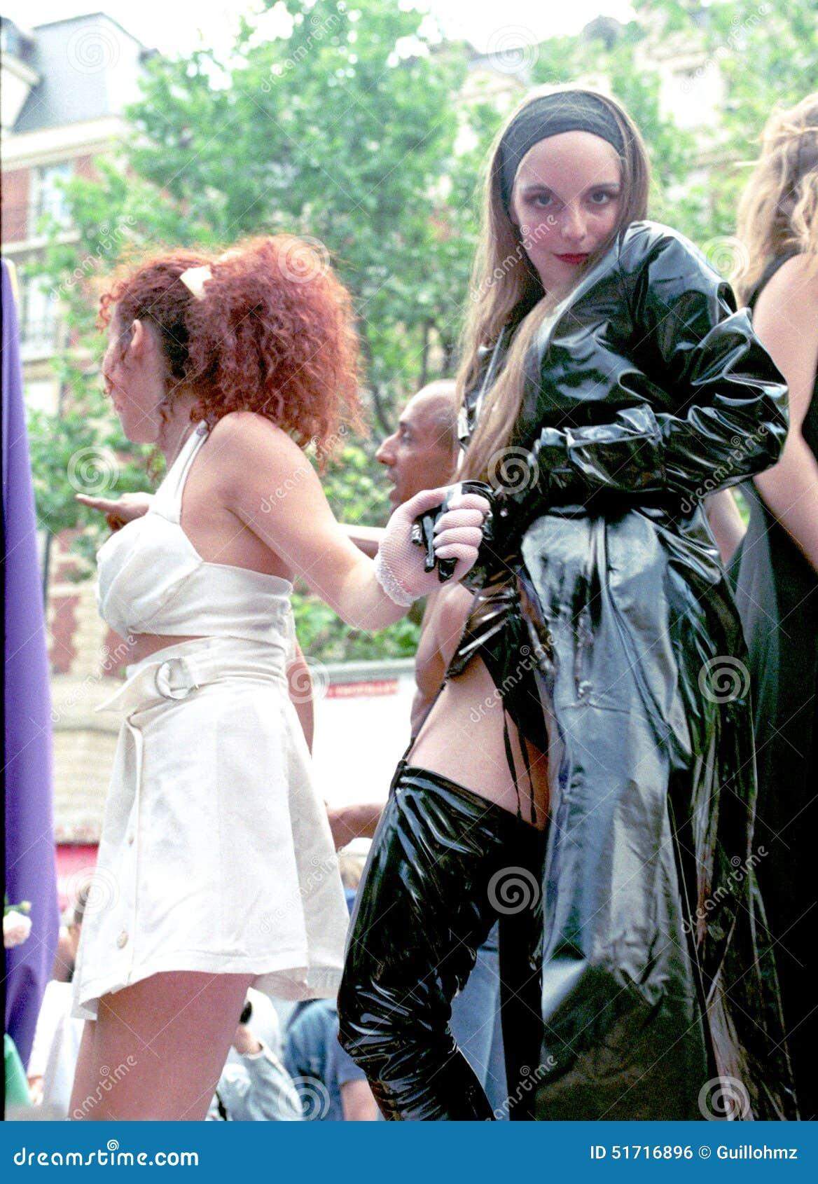 lesbian paris
