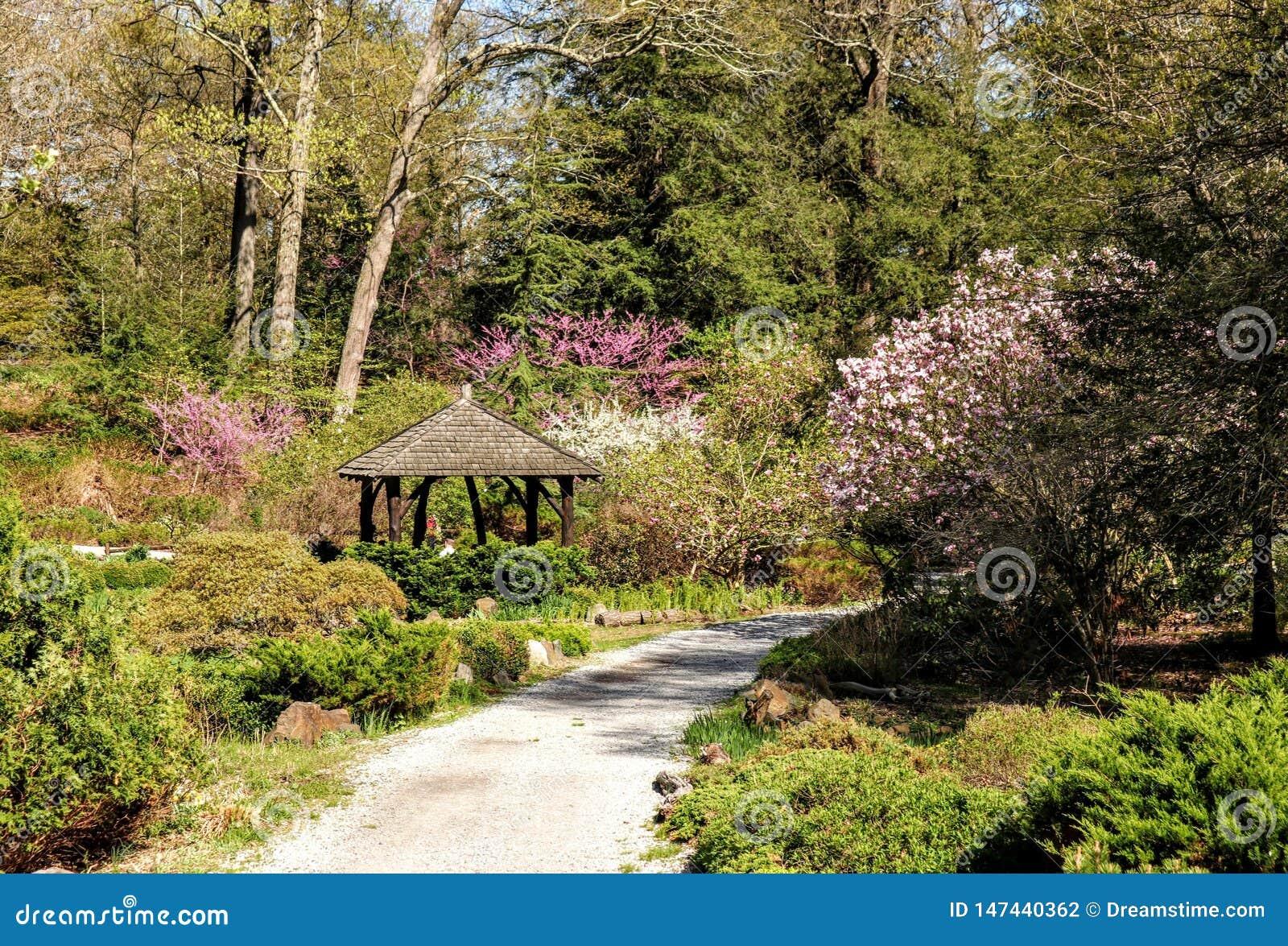 Gazebo with scenic views New Jersey park spiring 2019