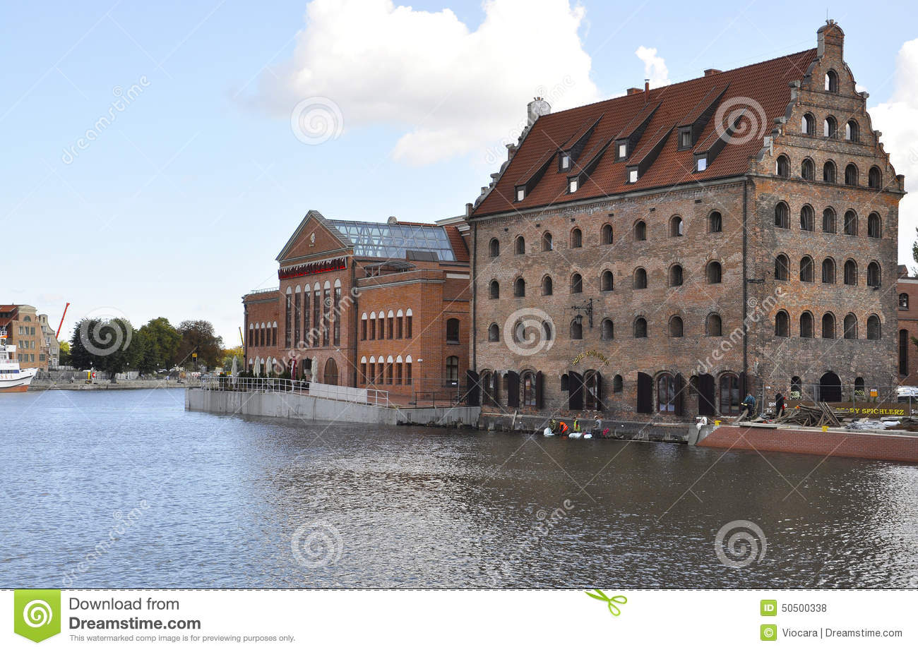 gdansk poland august 25 historic building on motlawa river river clipart pics river clipart pictures