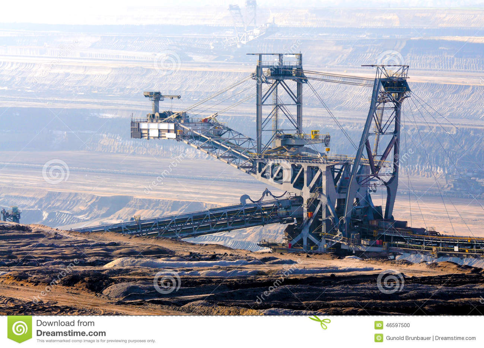 Geöffneter Bergbau der Braunkohle
