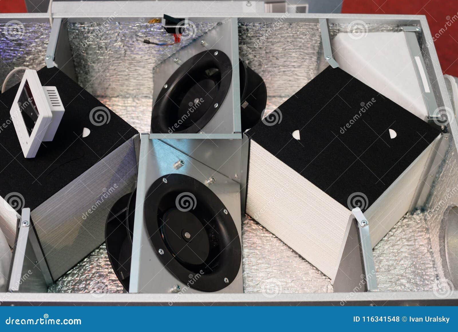 Geöffneter Luft-Wärmeaustauscher Filtration und Lüftungsanlage