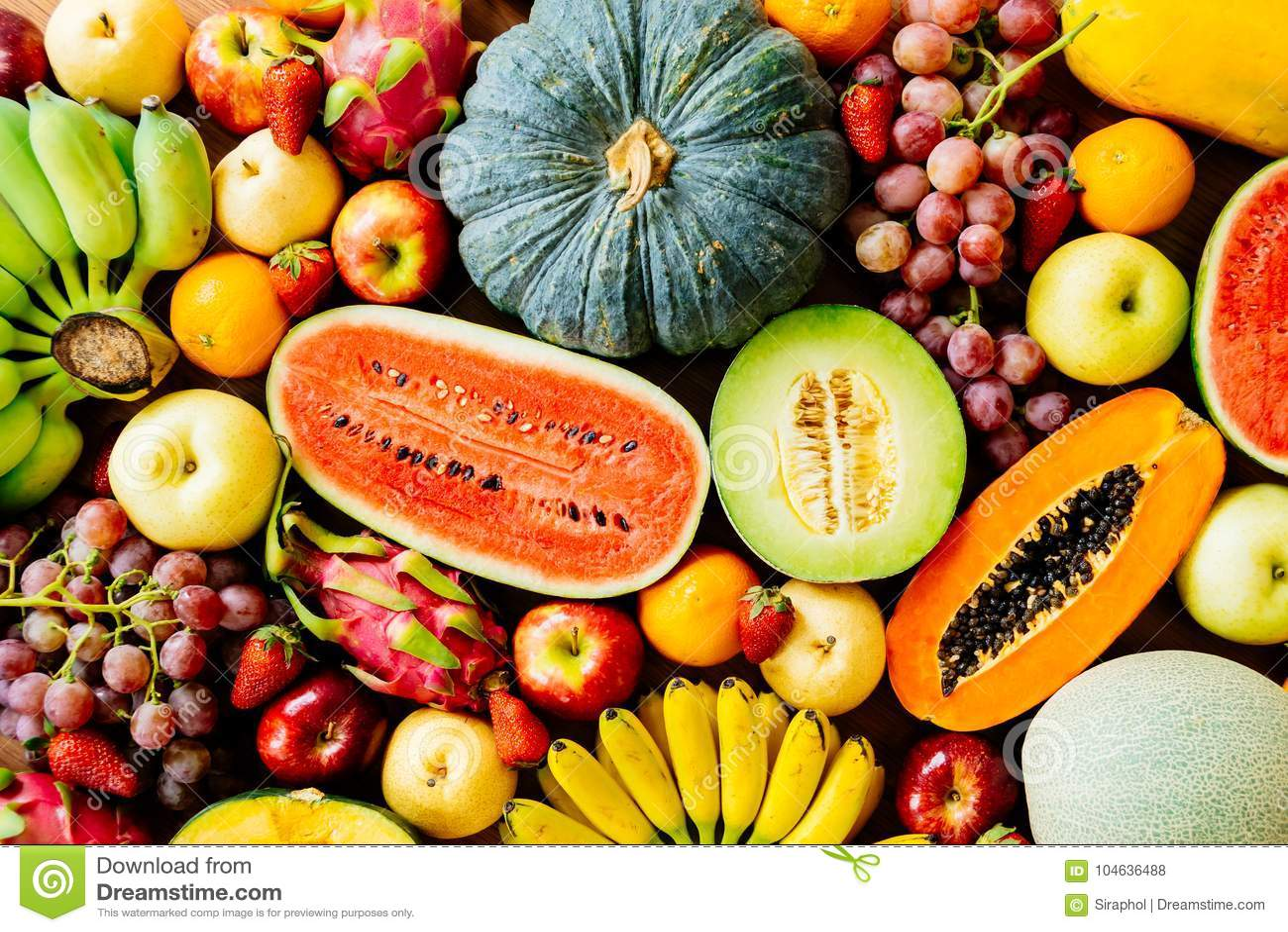 Download Geassorteerde En Gemengde Vruchten Stock Foto - Afbeelding bestaande uit gemengd, ananas: 104636488