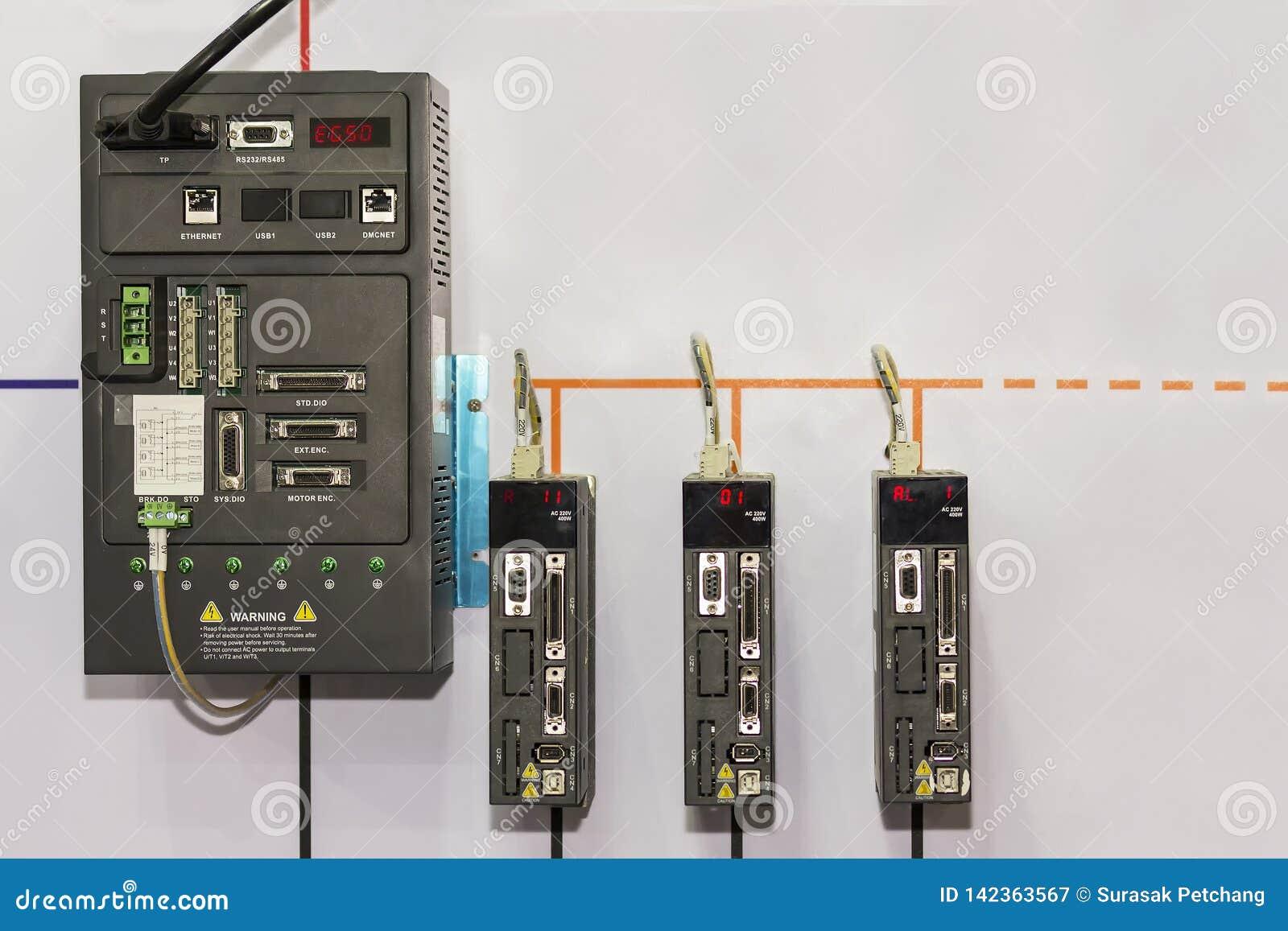 Geavanceerd technisch en gevorderd het Controlemechanismeplc van de materiaal automatisch Programmeerbaar Logica robotcontrolemec