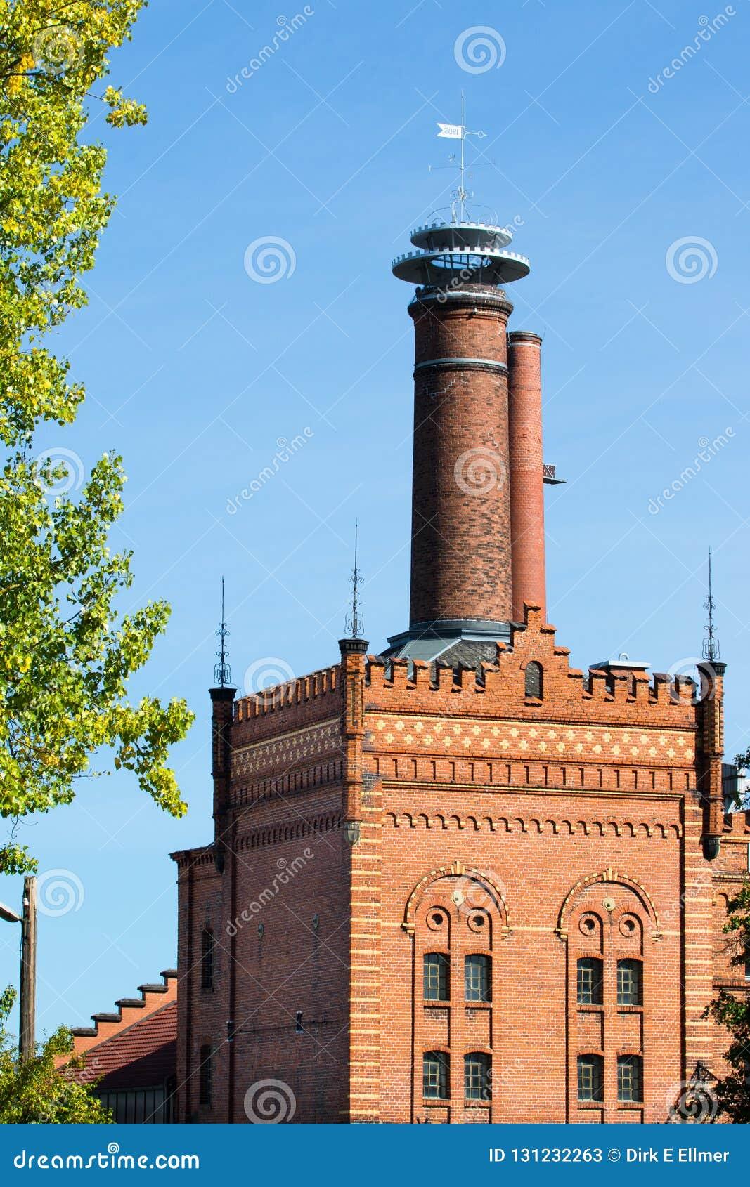 Gebäude mit Ziegelsteinmaurerarbeit - historische Brauerei