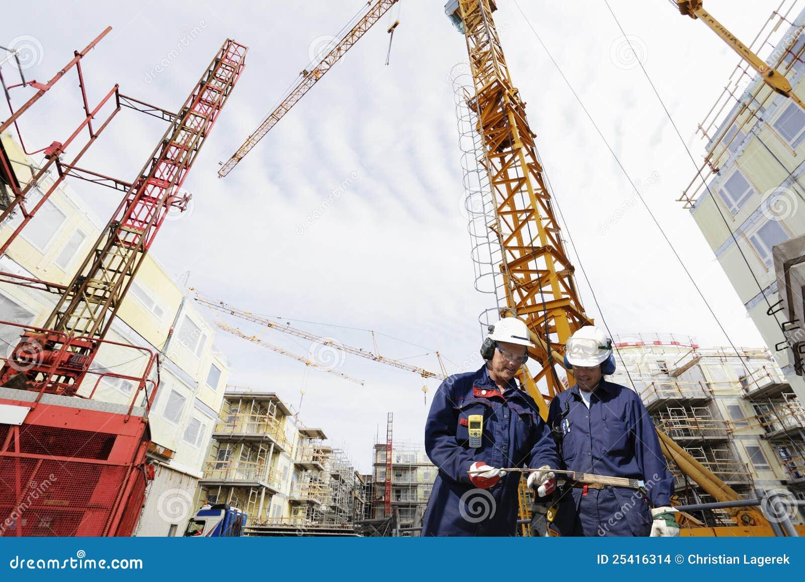 Gebäudearbeitskraft- und -bausektor