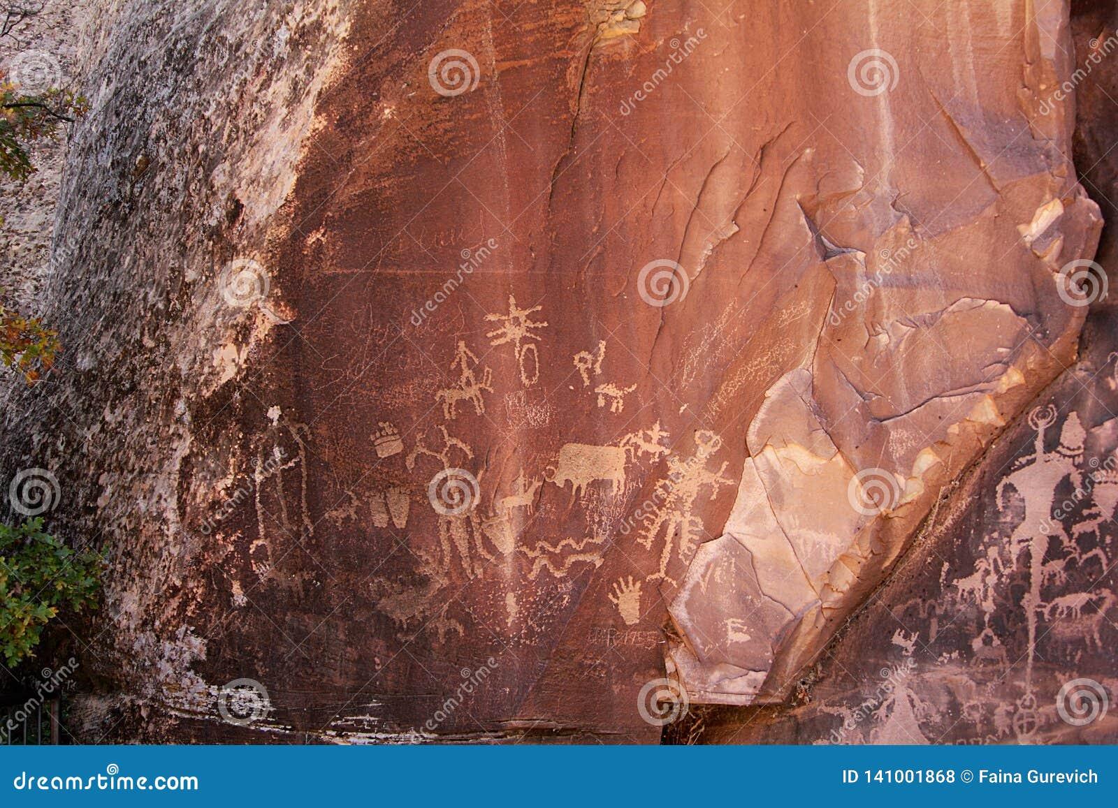Gebürtige indianische Petroglyphen in Mesa Verde National Park